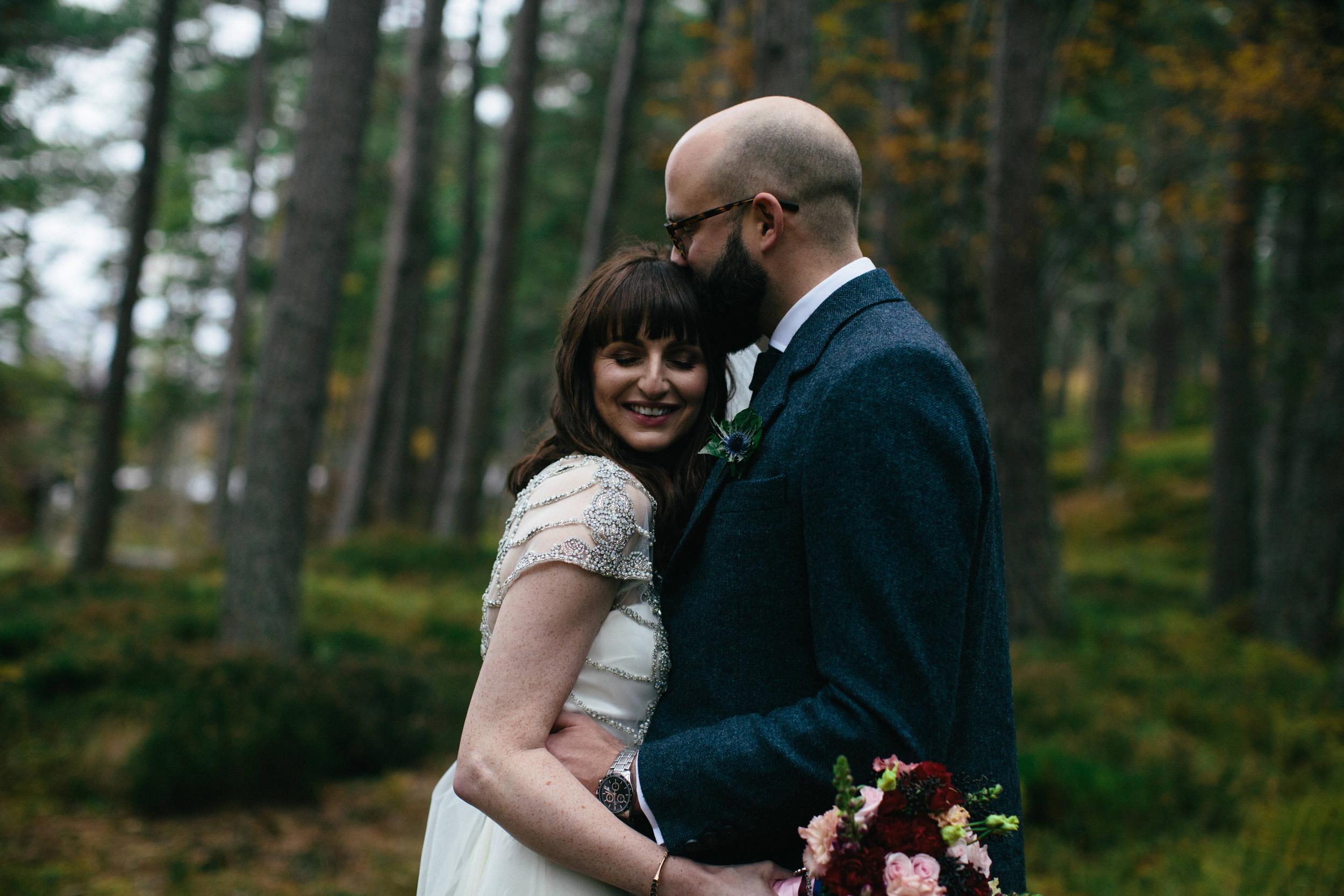 Natural Wedding Photography Aberdeen Braemar 054.jpg