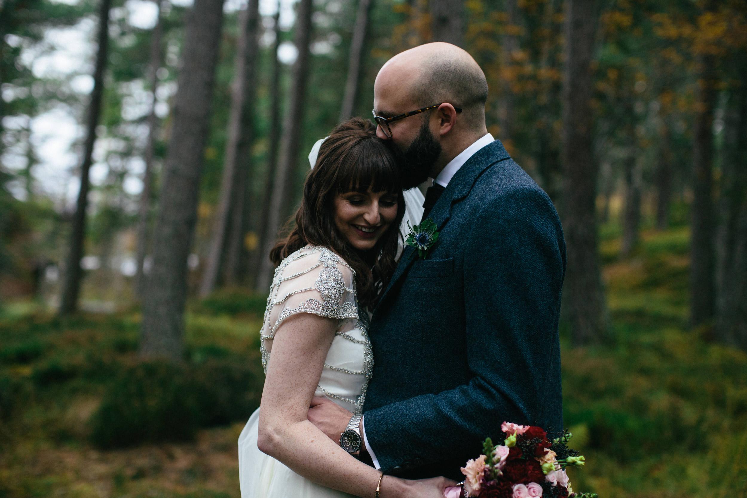 Natural Wedding Photography Aberdeen Braemar 055.jpg