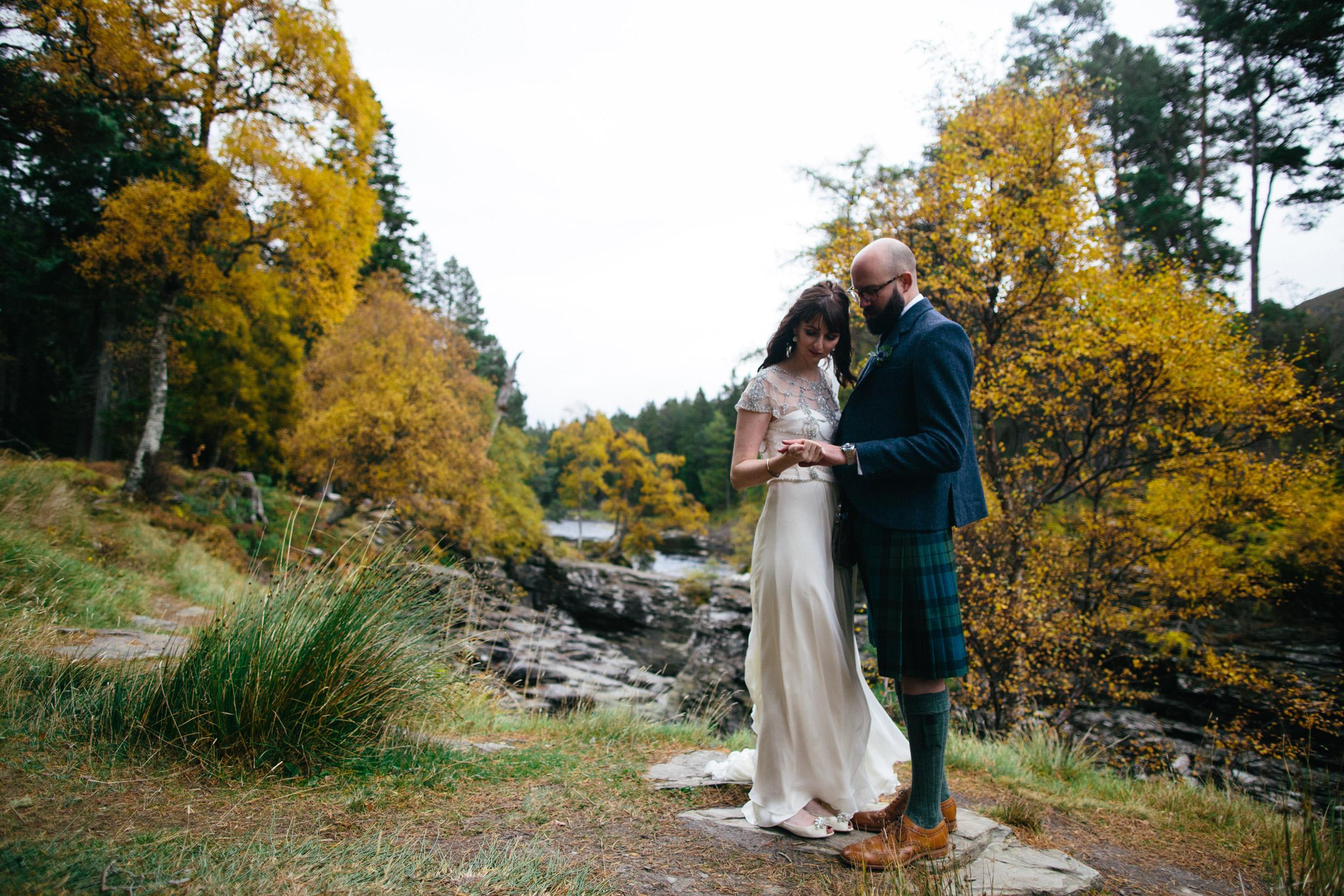 Natural Wedding Photography Aberdeen Braemar 063.jpg