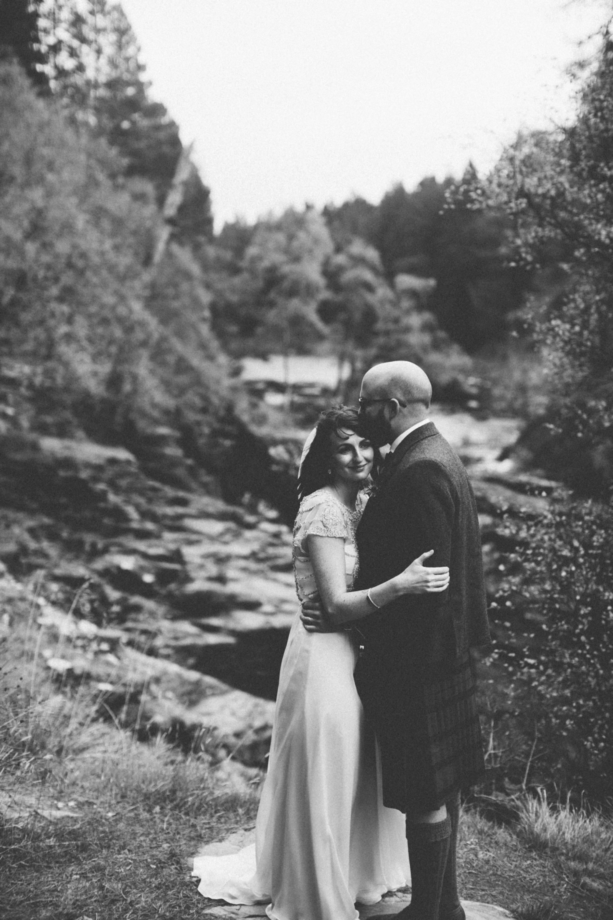 Natural Wedding Photography Aberdeen Braemar 062.jpg