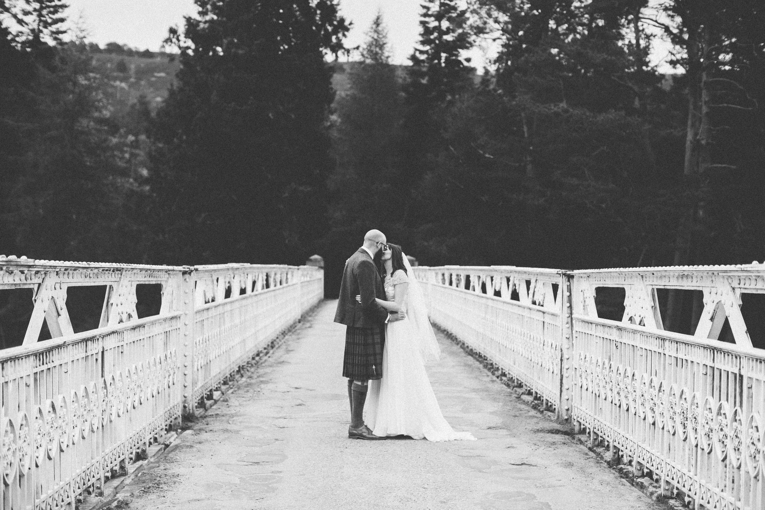 Natural Wedding Photography Aberdeen Braemar 074.jpg
