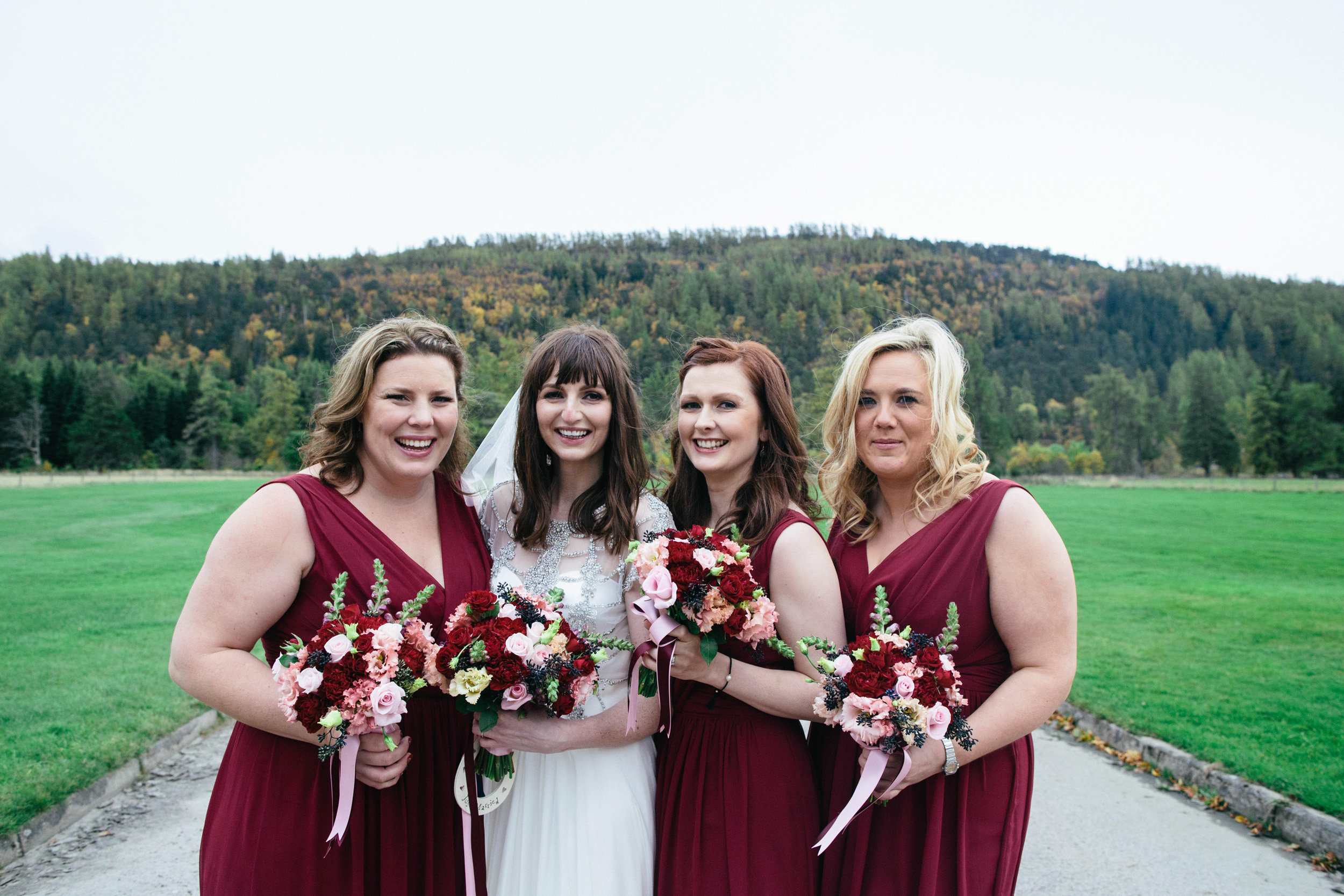 Natural Wedding Photography Aberdeen Braemar 077.jpg