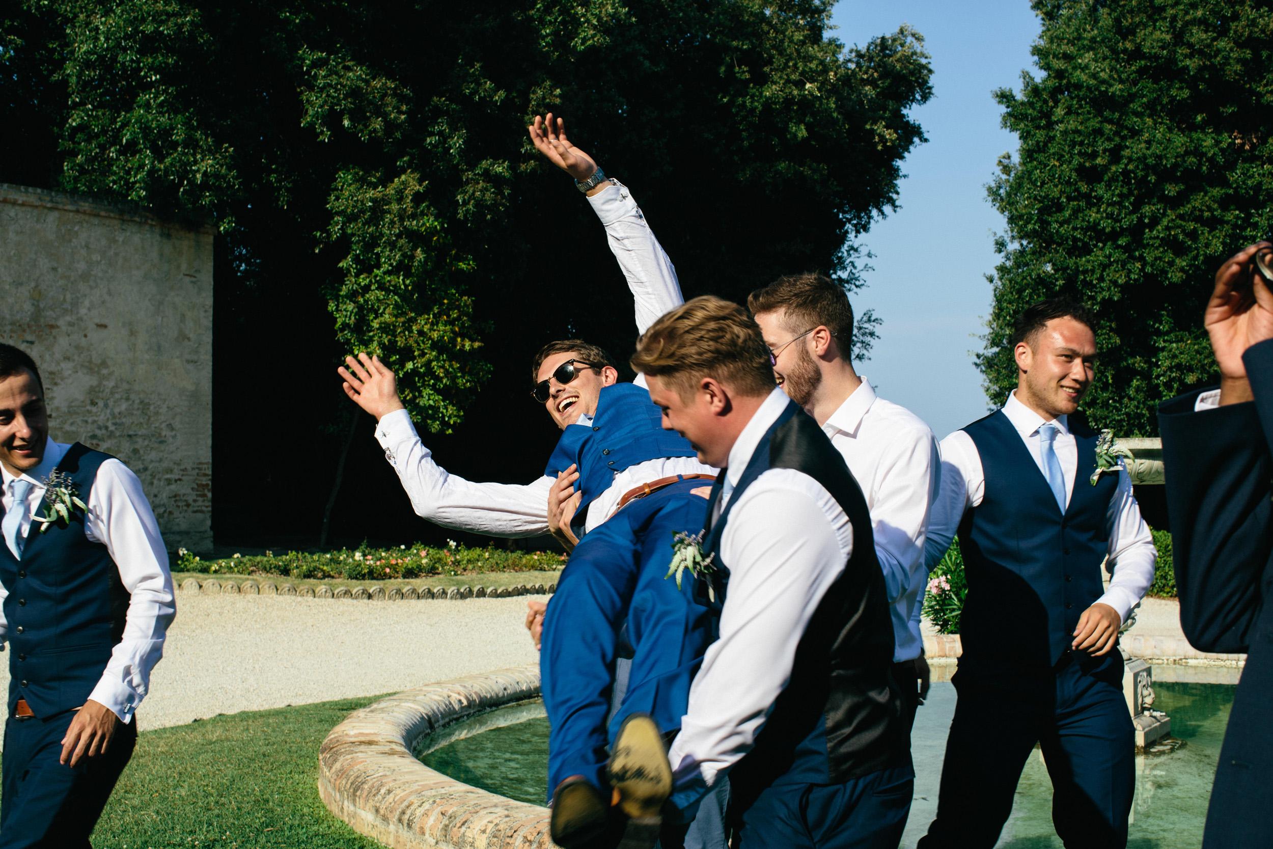 Alternative Wedding Photographer Italy Ancona 086.jpg