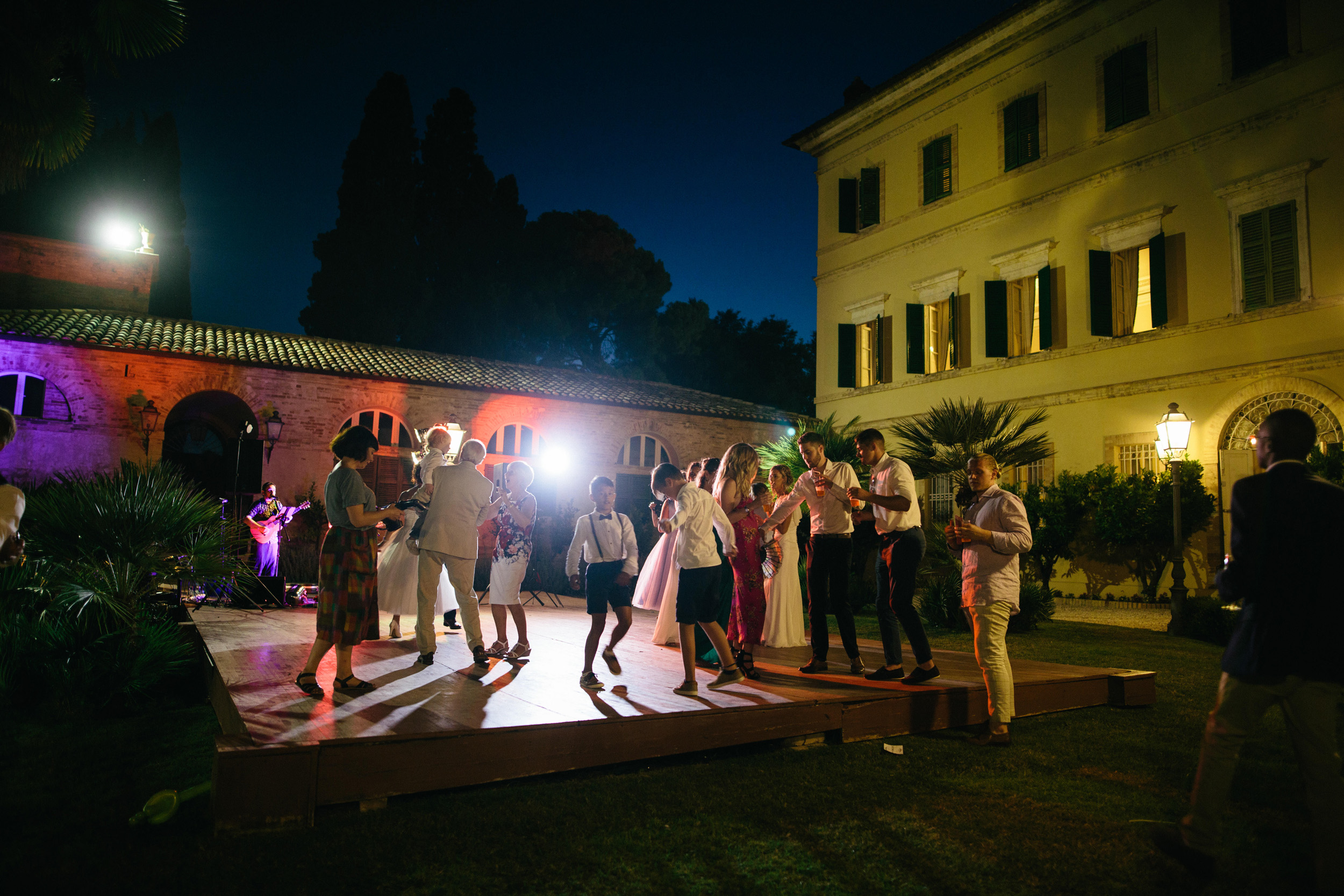 Alternative Wedding Photographer Italy Ancona 149.jpg
