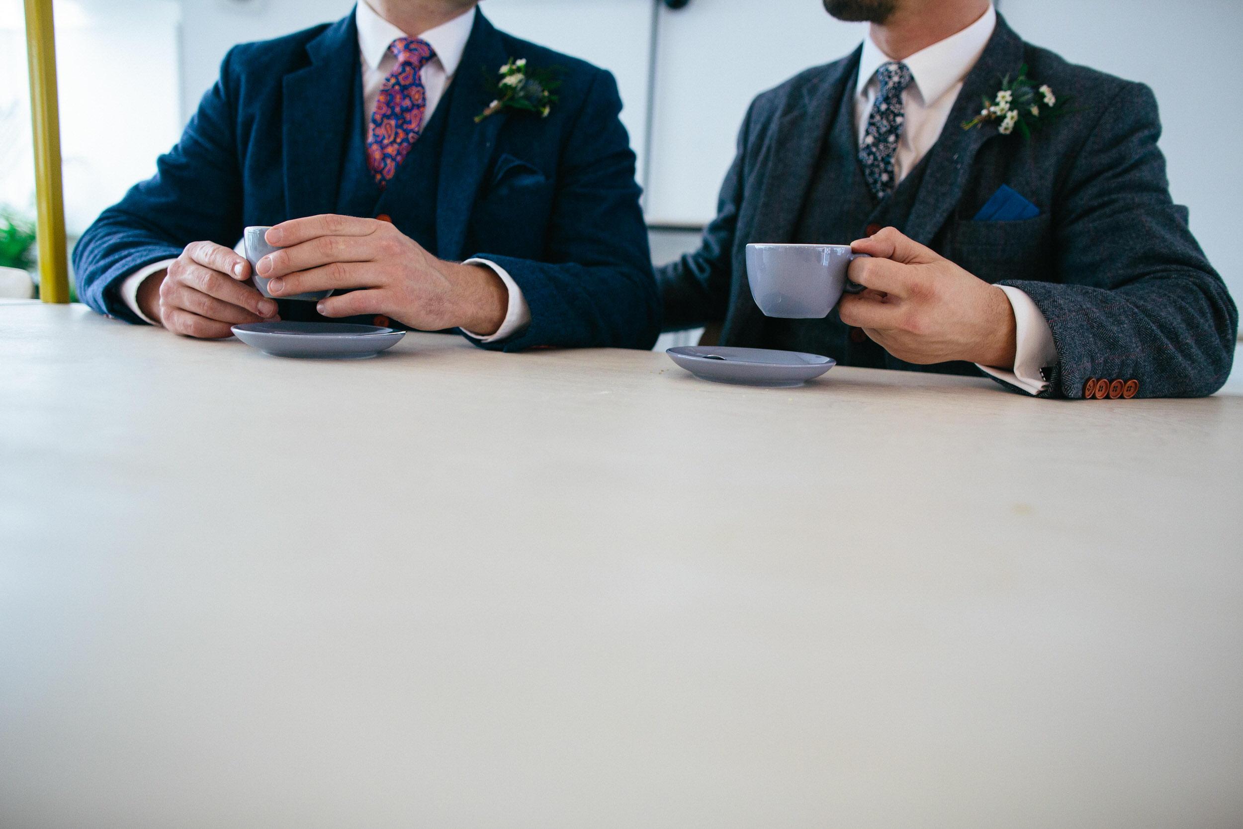Quirky Wedding Photographer Scotland Glasgow Edinburgh Mirrorbox 016.jpg