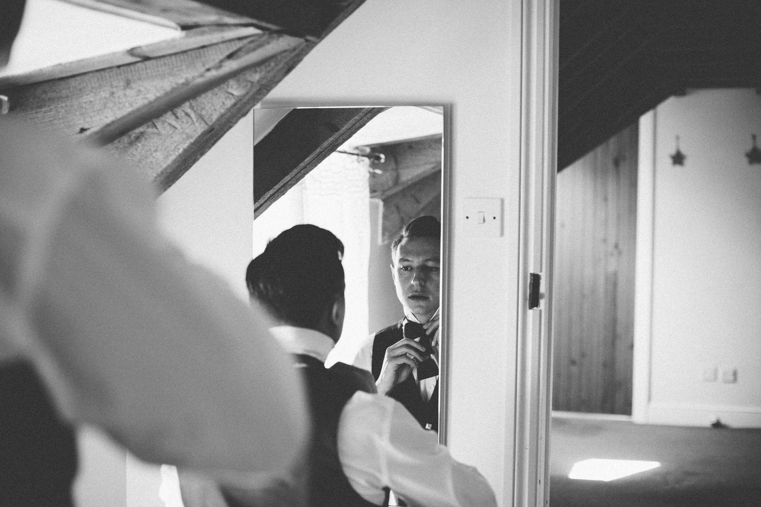 Quirky Wedding Photographer Scotland Glasgow Edinburgh Mirrorbox 021.jpg