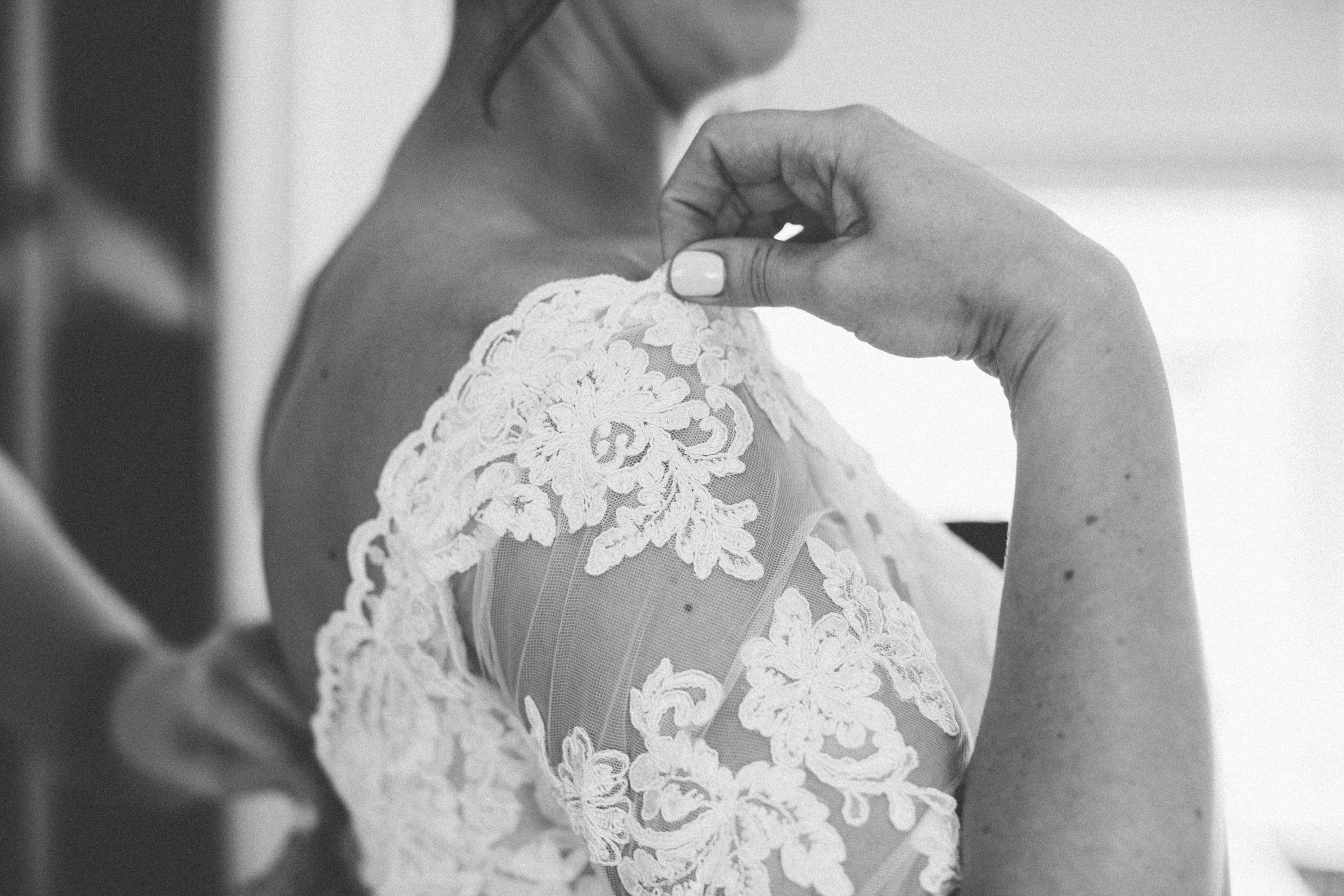 Quirky Wedding Photographer Scotland Glasgow Edinburgh Mirrorbox 042.jpg