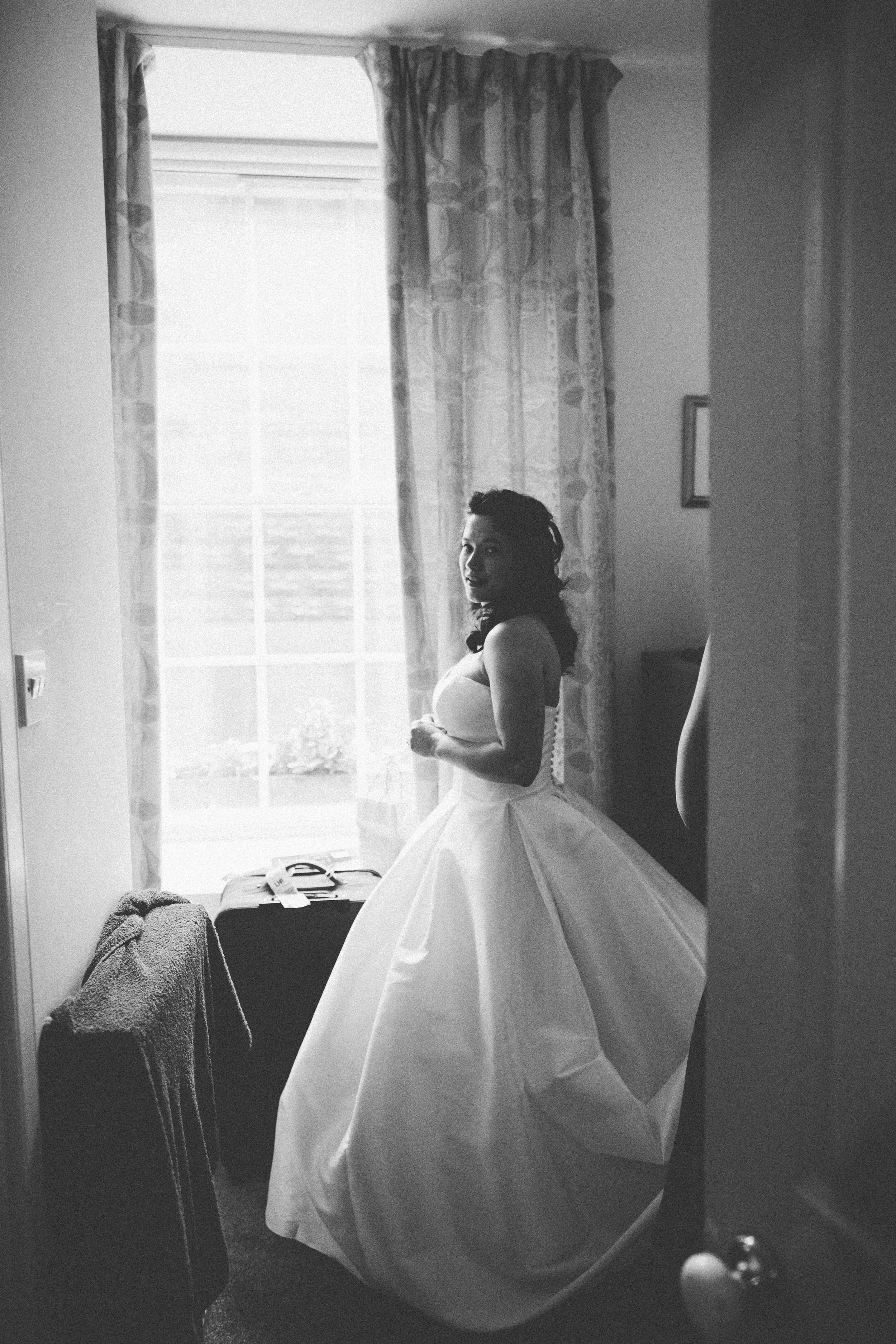 Quirky Wedding Photographer Scotland Glasgow Edinburgh Mirrorbox 049.jpg