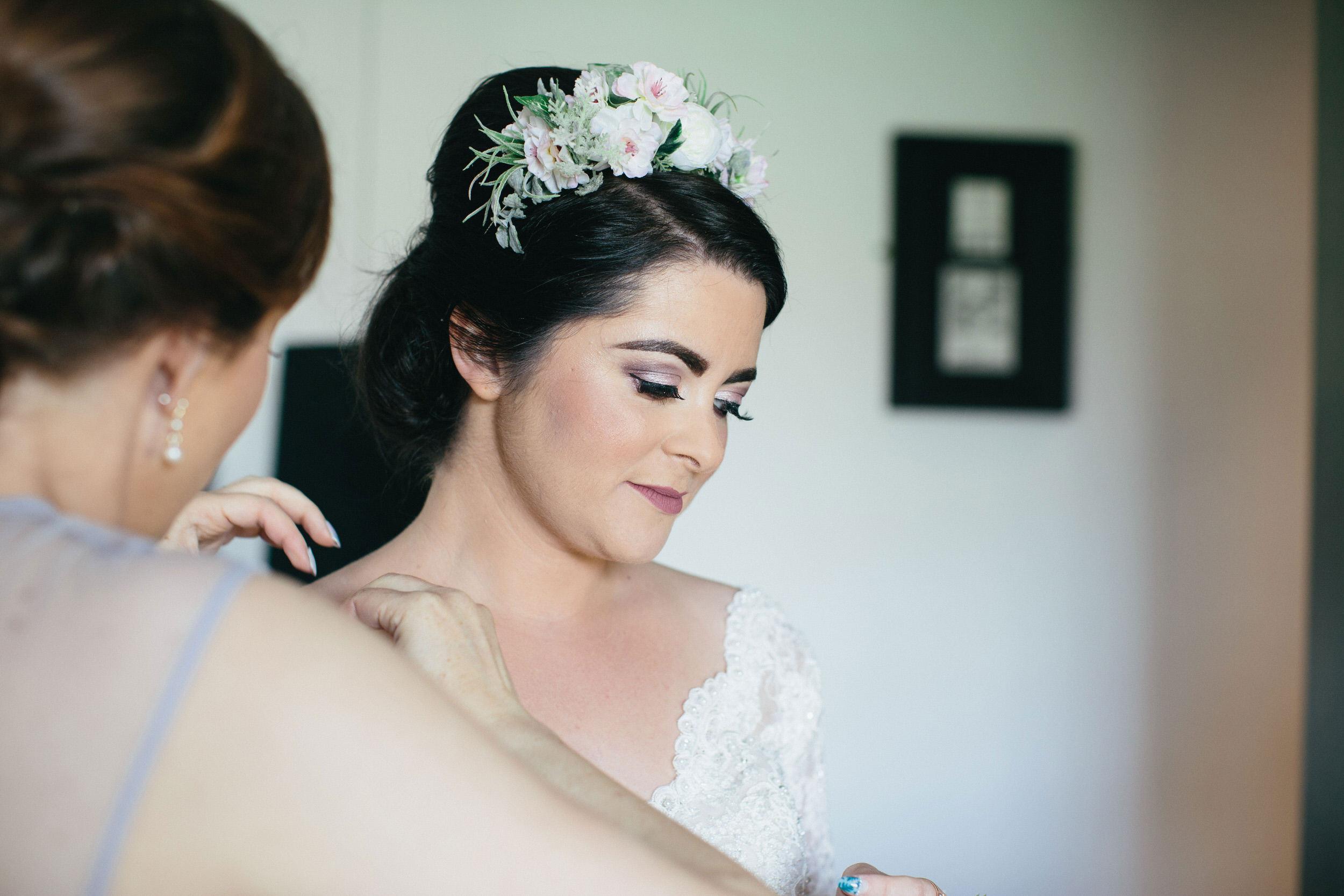 Quirky Wedding Photographer Scotland Glasgow Edinburgh Mirrorbox 054.jpg
