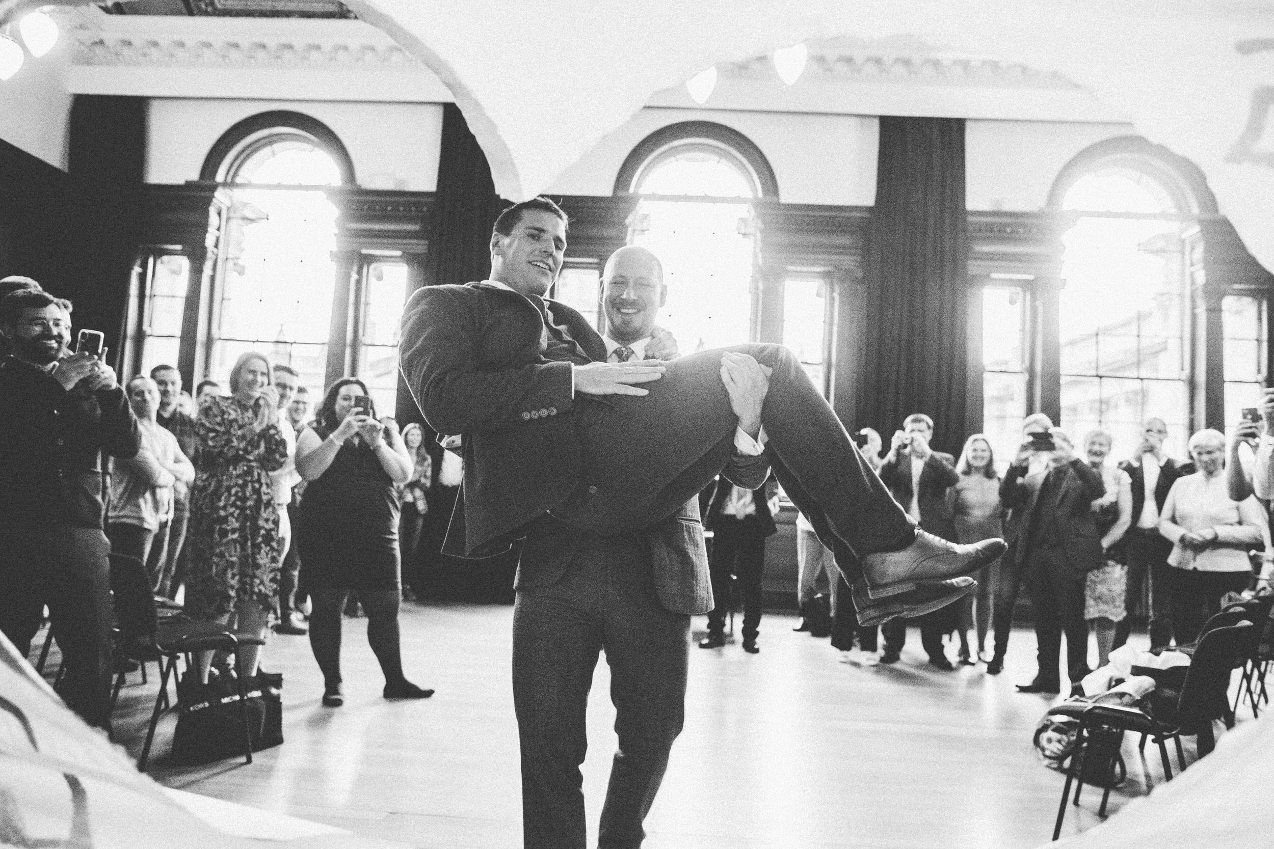 Quirky Wedding Photographer Scotland Glasgow Edinburgh Mirrorbox 075.jpg