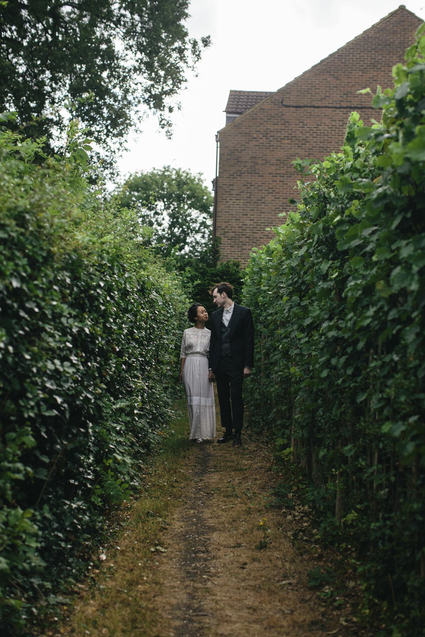 Quirky Wedding Photographer Scotland Glasgow Edinburgh Mirrorbox 084.jpg