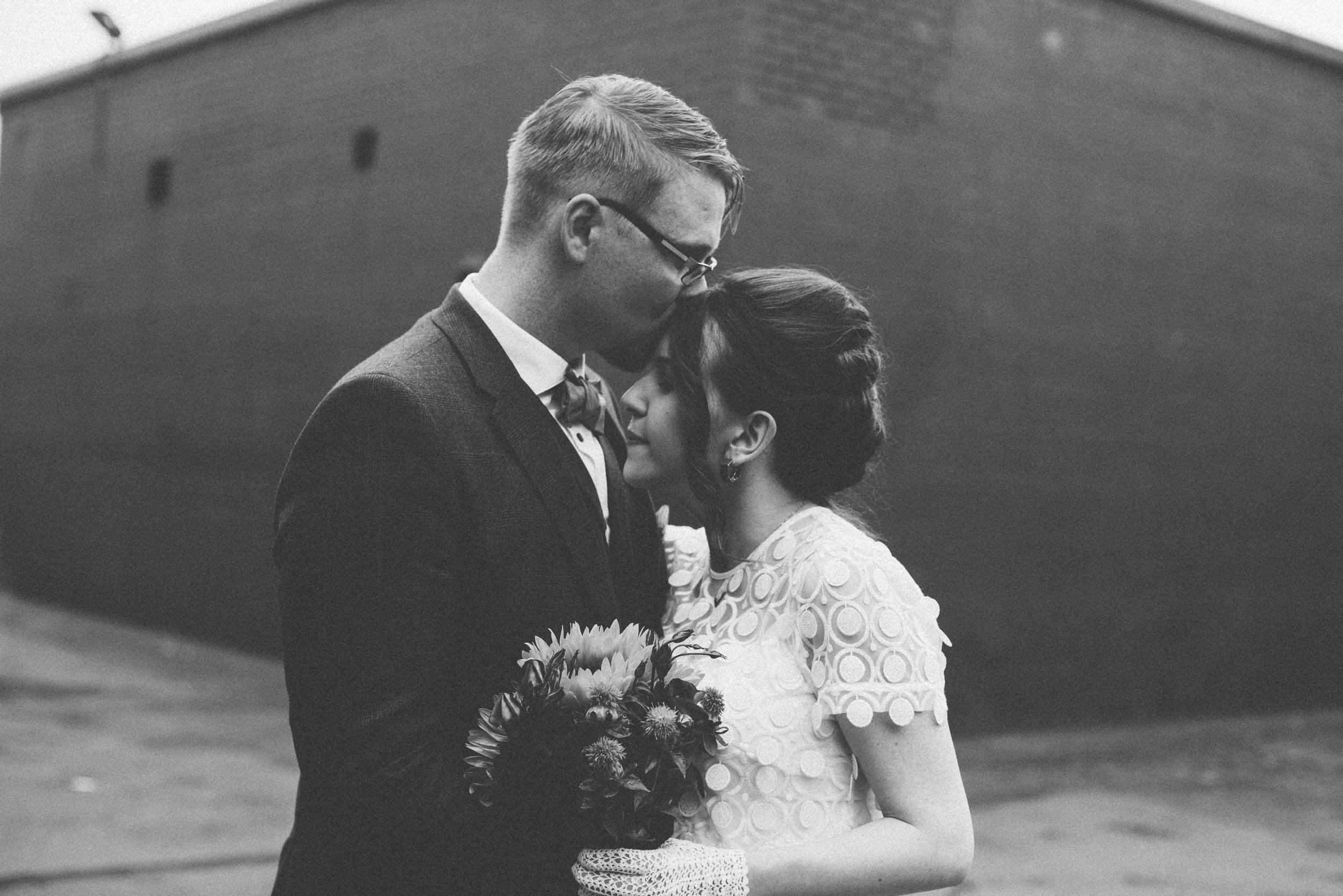 Quirky Wedding Photographer Scotland Glasgow Edinburgh Mirrorbox 088.jpg