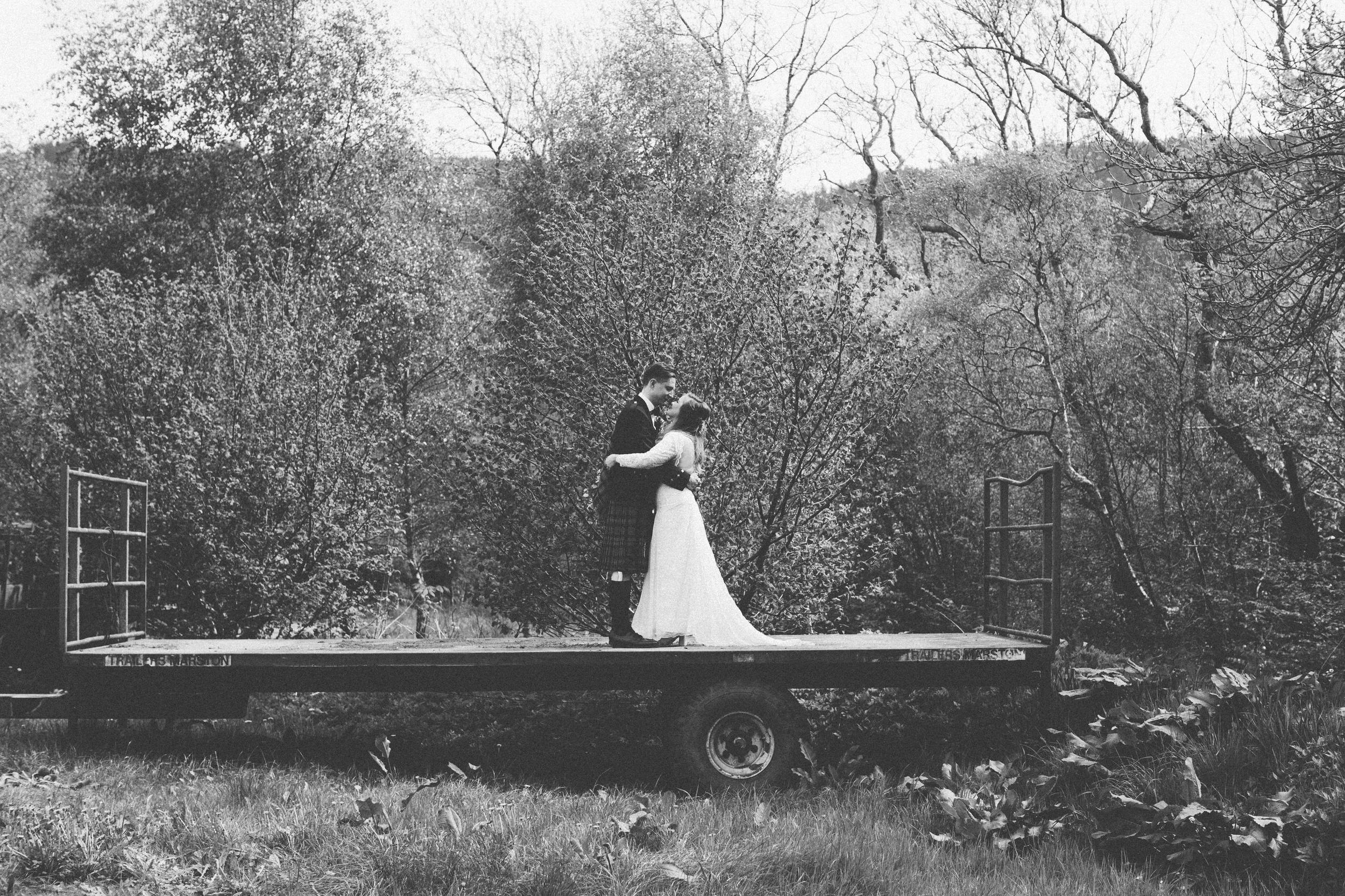 Quirky Wedding Photographer Scotland Glasgow Edinburgh Mirrorbox 106.jpg
