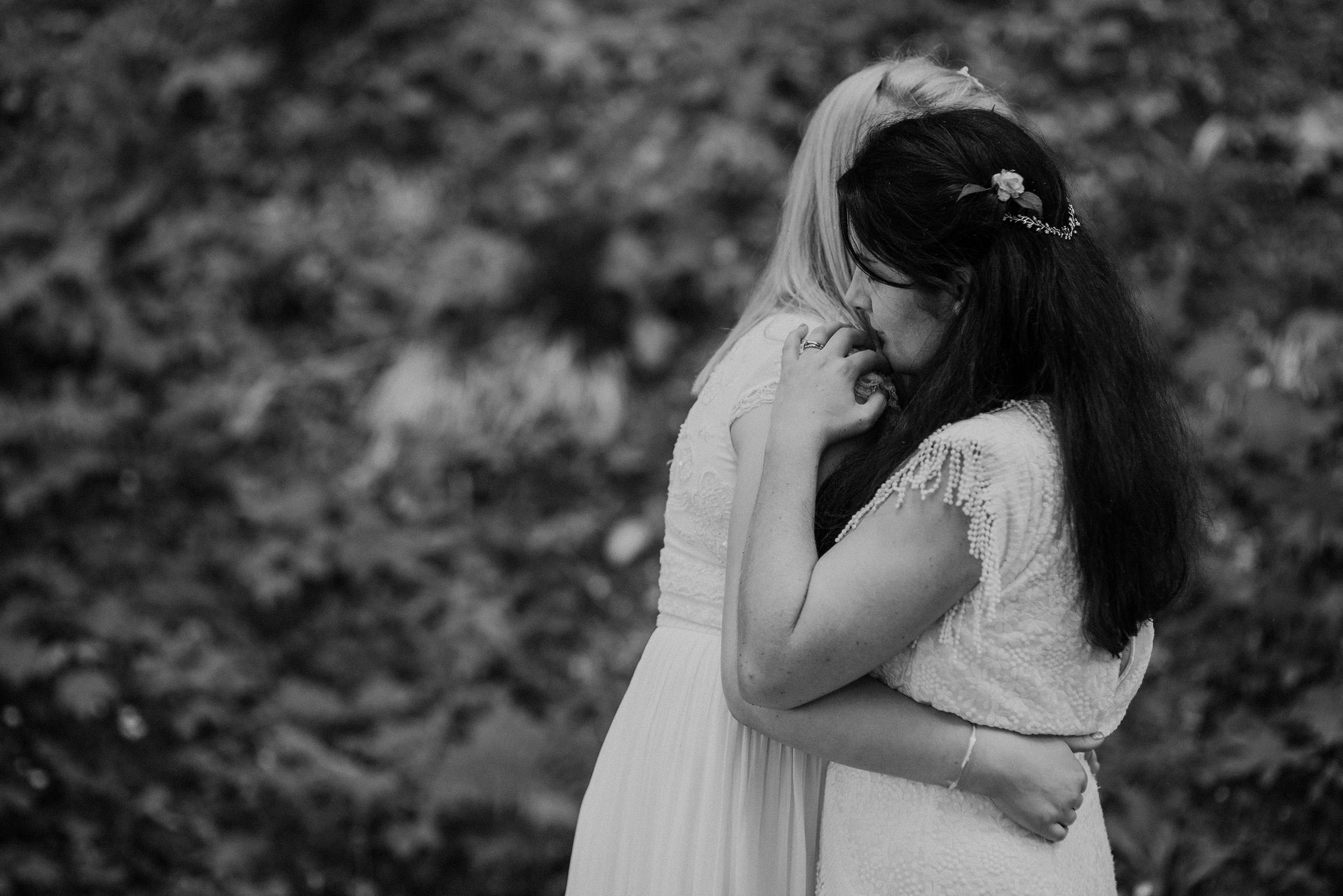 Quirky Wedding Photographer Scotland Glasgow Edinburgh Mirrorbox 111.jpg