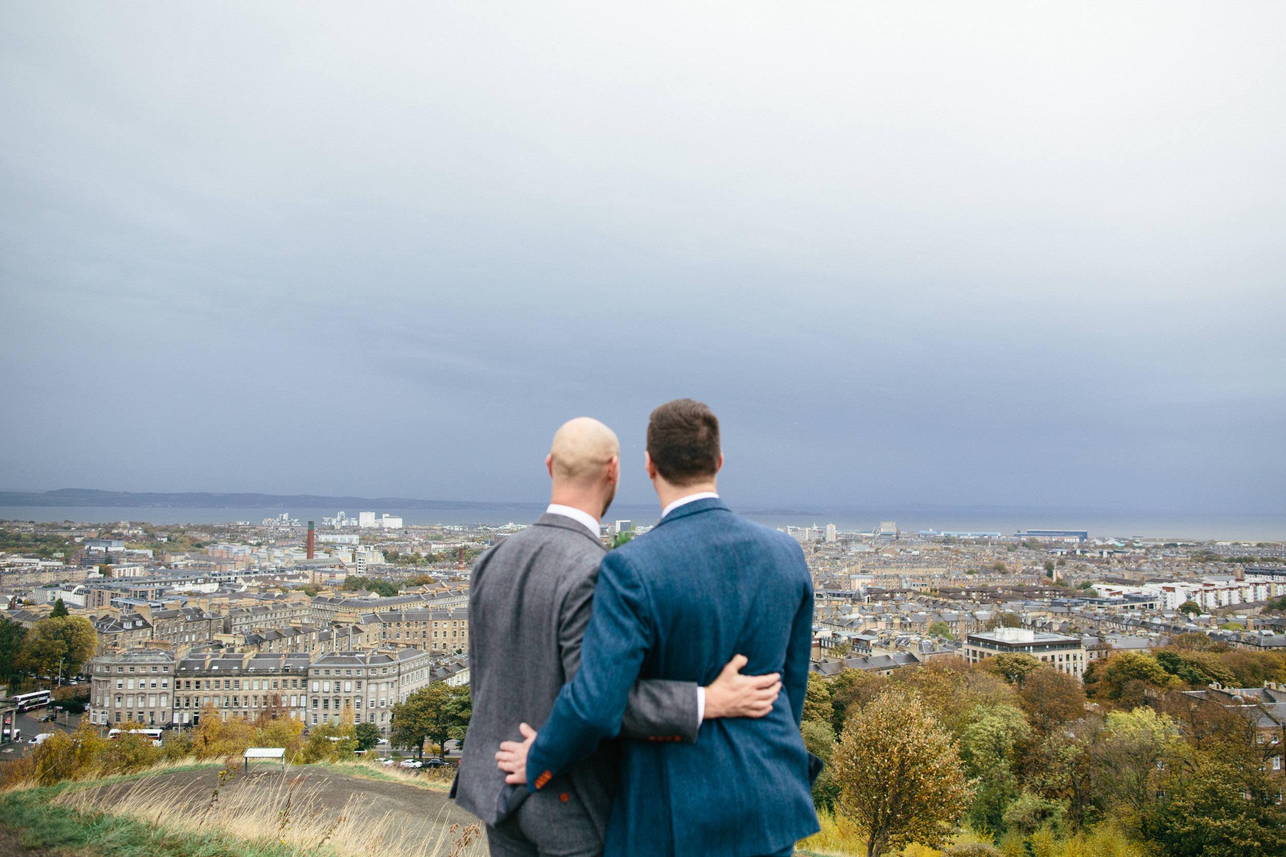 Quirky Wedding Photographer Scotland Glasgow Edinburgh Mirrorbox 126.jpg