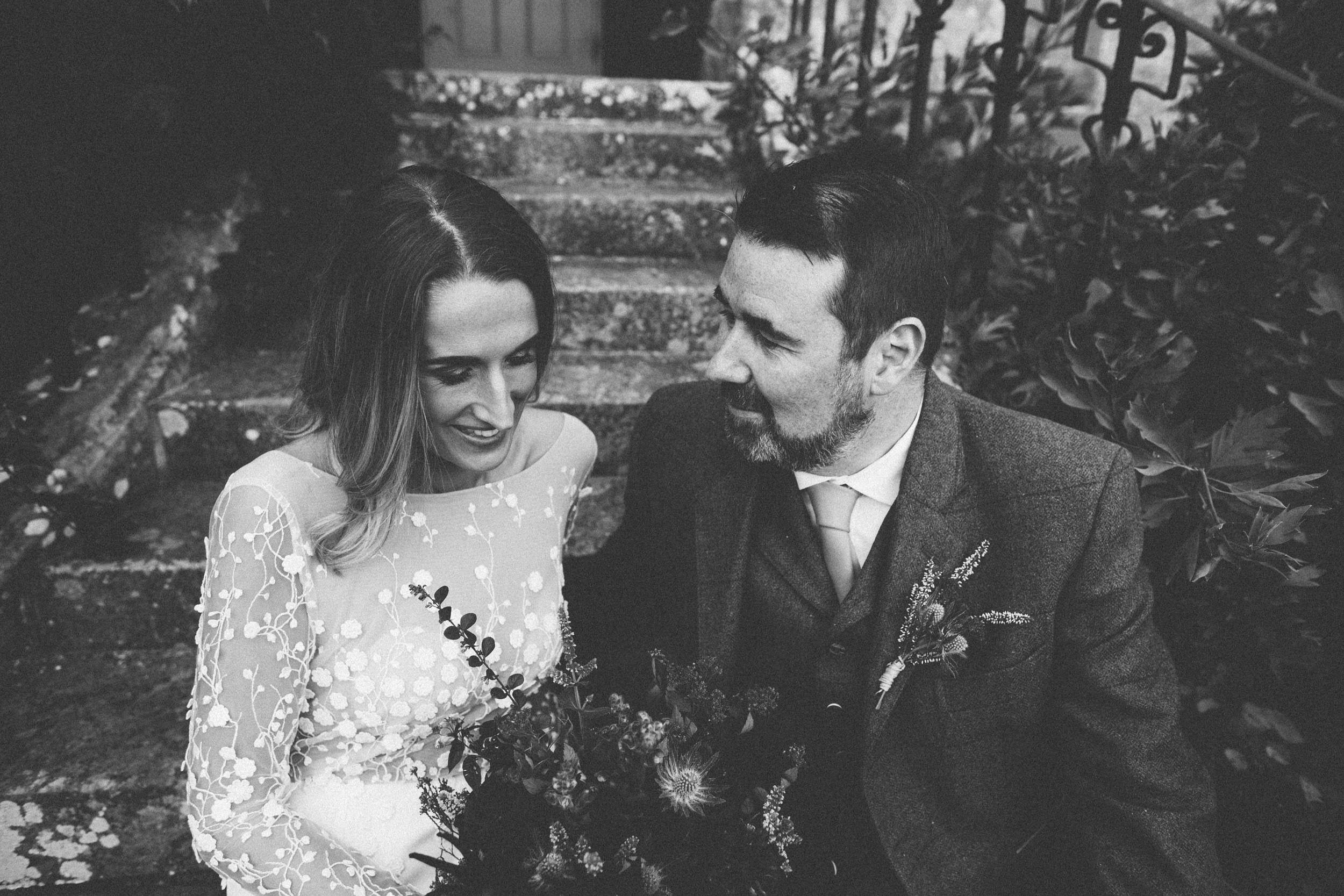 Quirky Wedding Photographer Scotland Glasgow Edinburgh Mirrorbox 141.jpg
