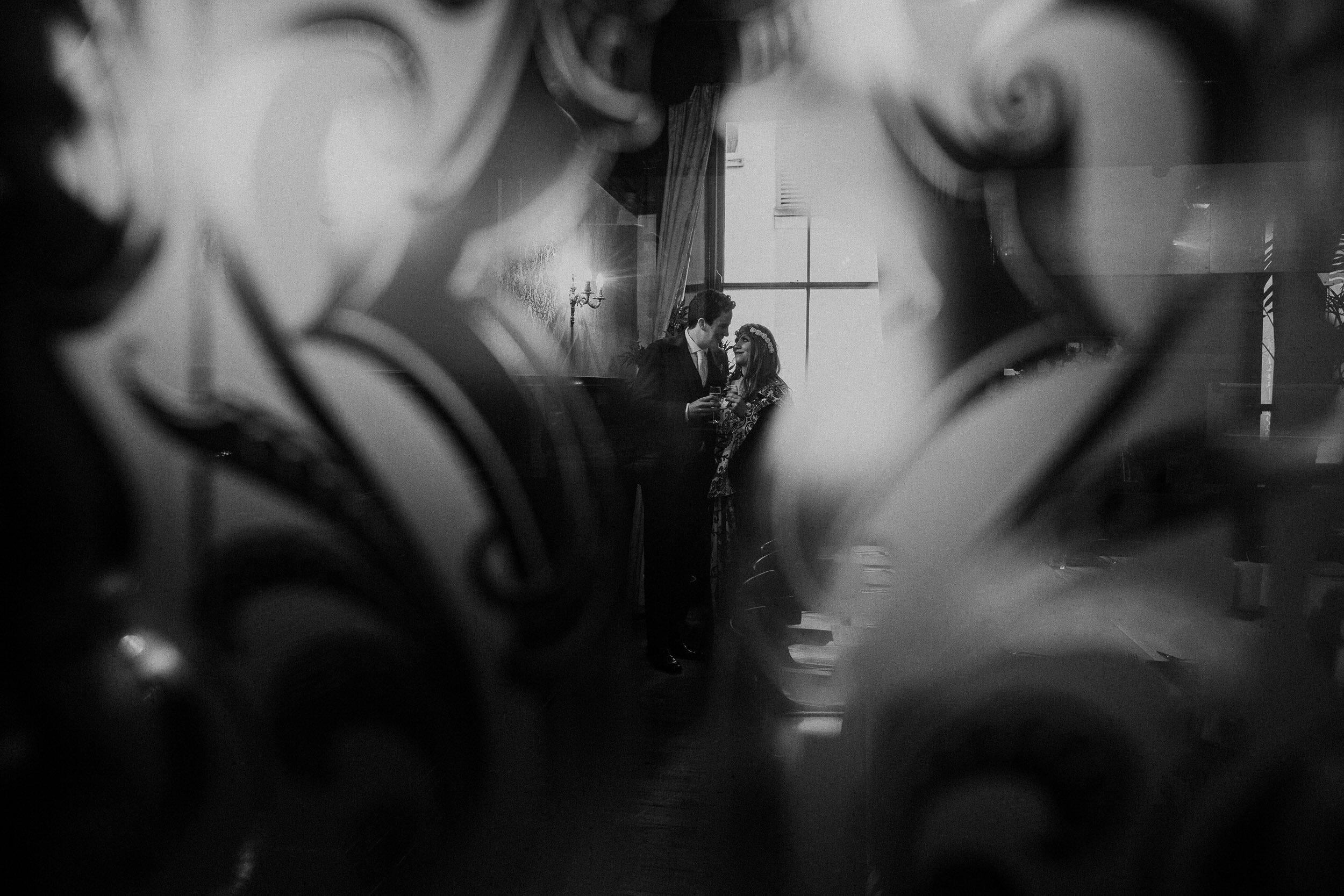 Quirky Wedding Photographer Scotland Glasgow Edinburgh Mirrorbox 147.jpg