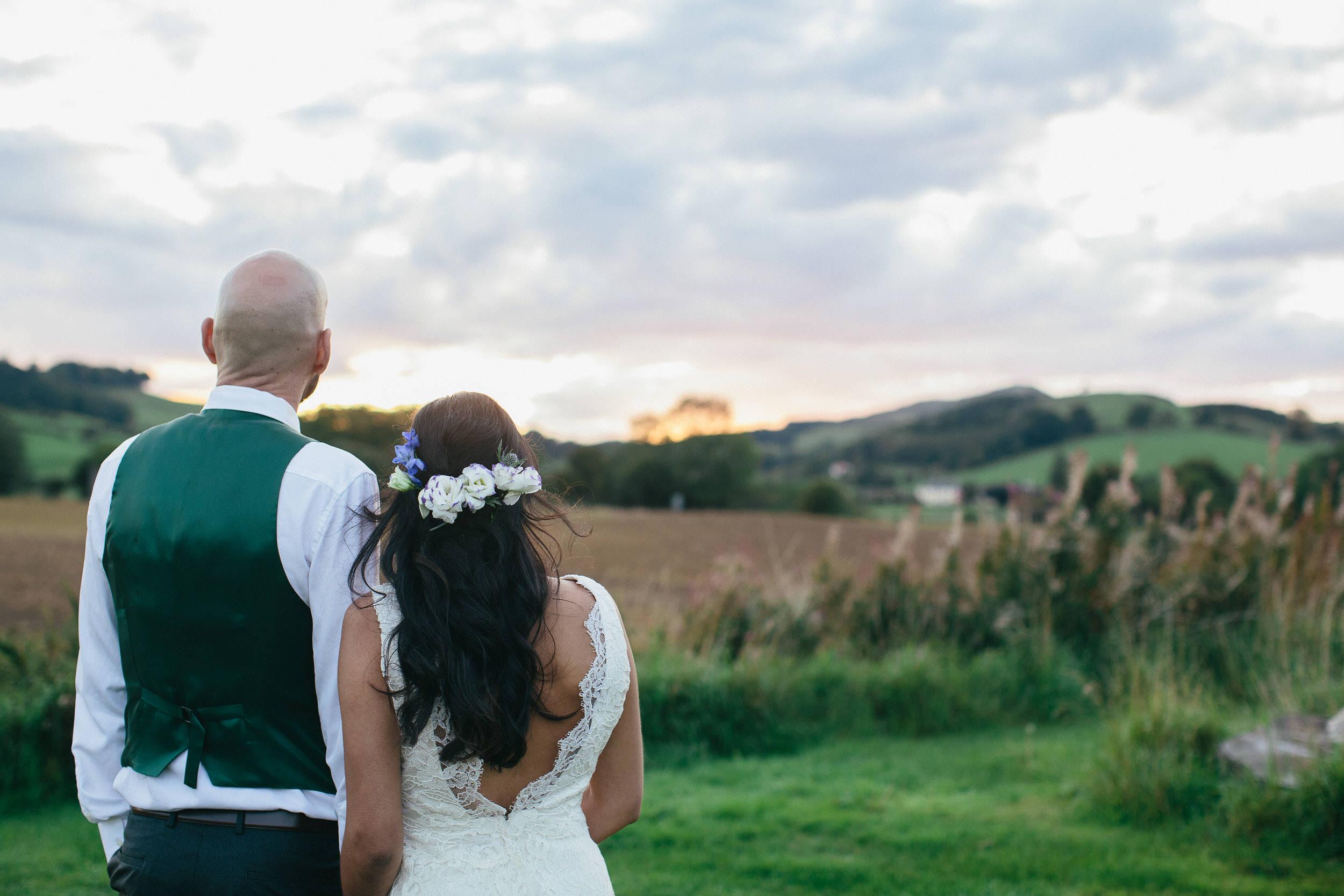 Quirky Wedding Photographer Scotland Glasgow Edinburgh Mirrorbox 150.jpg