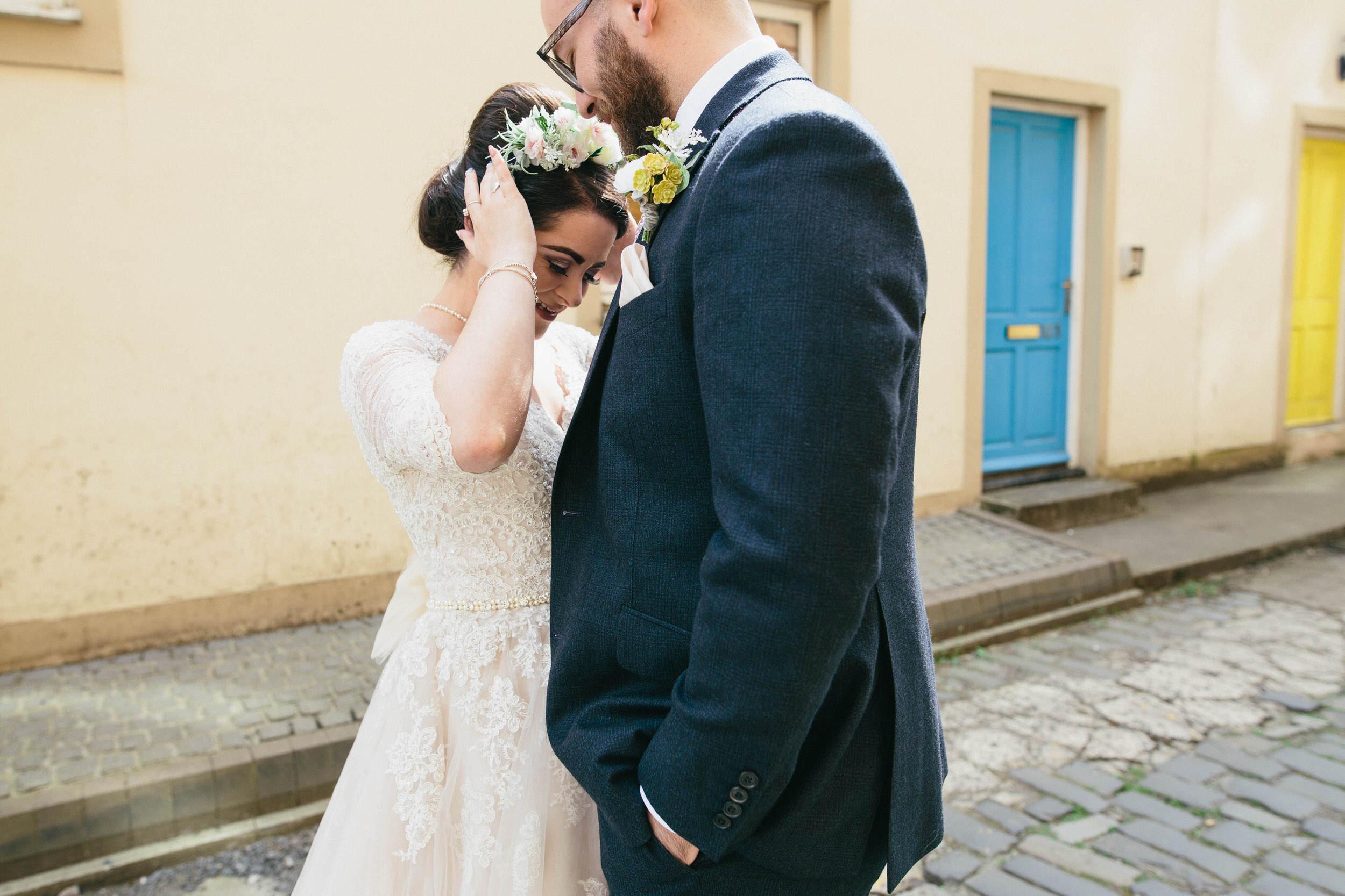 Quirky Wedding Photographer Scotland Glasgow Edinburgh Mirrorbox 159.jpg