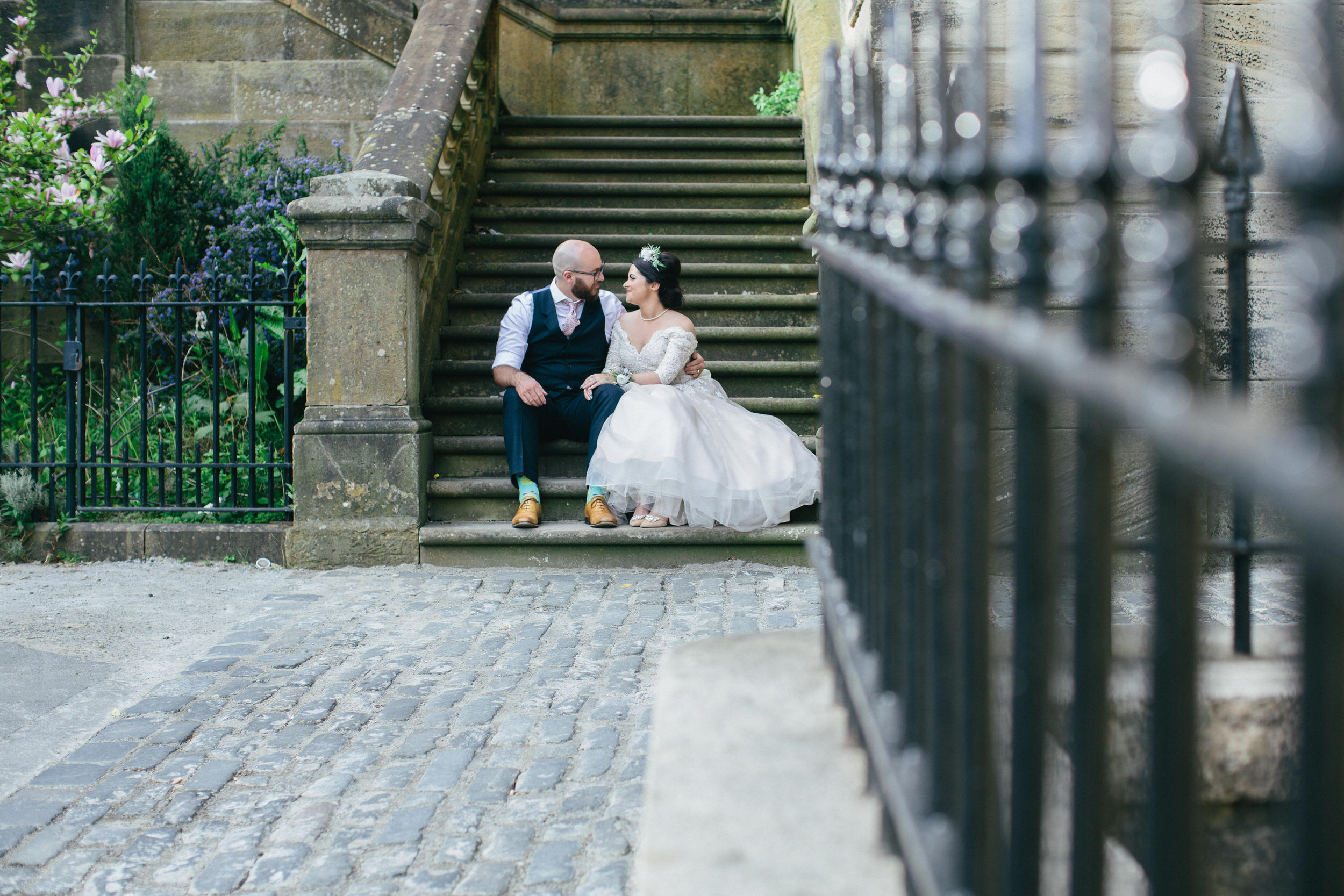 Quirky Wedding Photographer Scotland Glasgow Edinburgh Mirrorbox 162.jpg