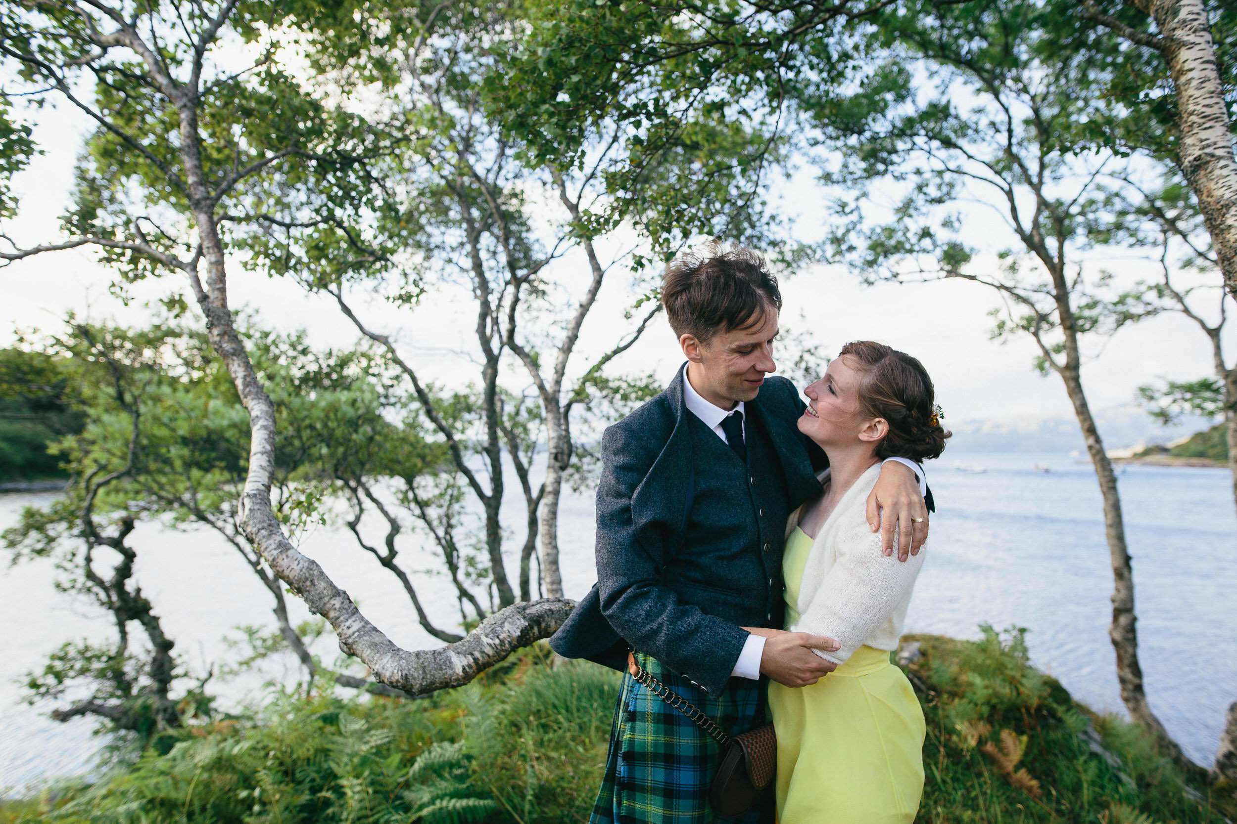 Quirky Wedding Photographer Scotland Glasgow Edinburgh Mirrorbox 179.jpg