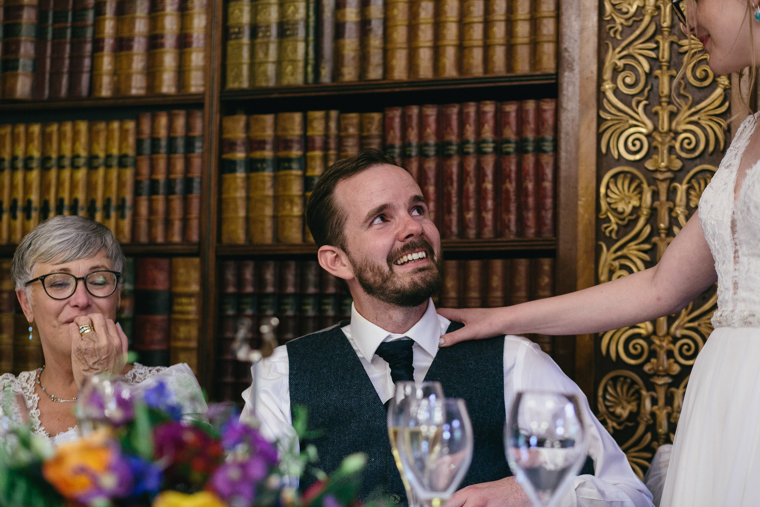 Quirky Wedding Photographer Scotland Glasgow Edinburgh Mirrorbox 206.jpg