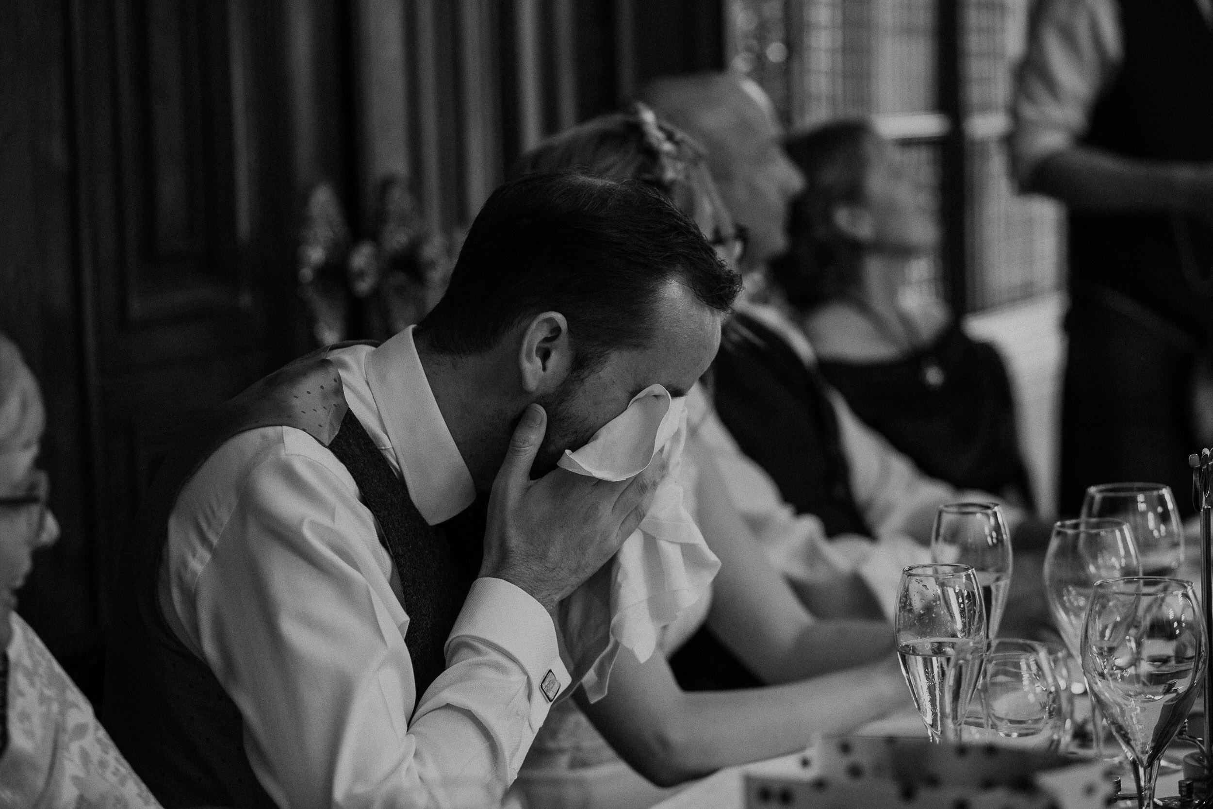 Quirky Wedding Photographer Scotland Glasgow Edinburgh Mirrorbox 207.jpg