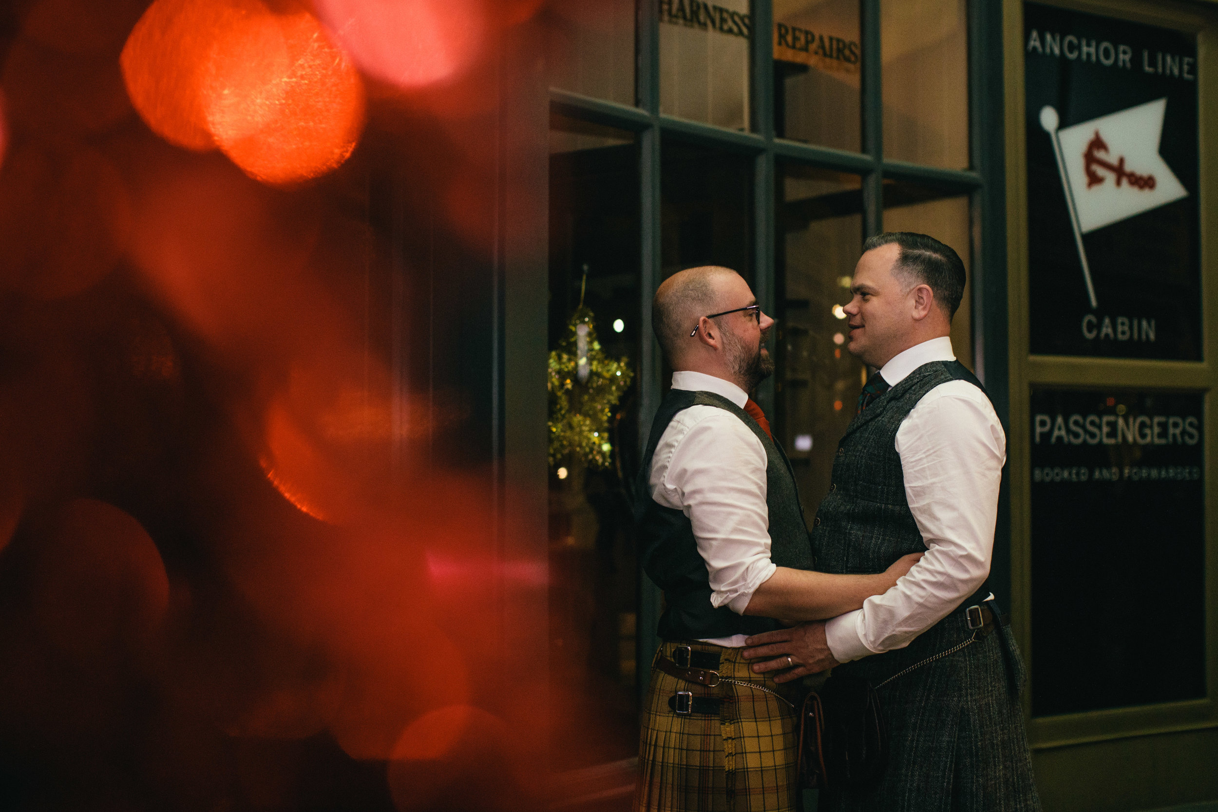 Quirky Wedding Photographer Scotland Glasgow Edinburgh Mirrorbox 219.jpg