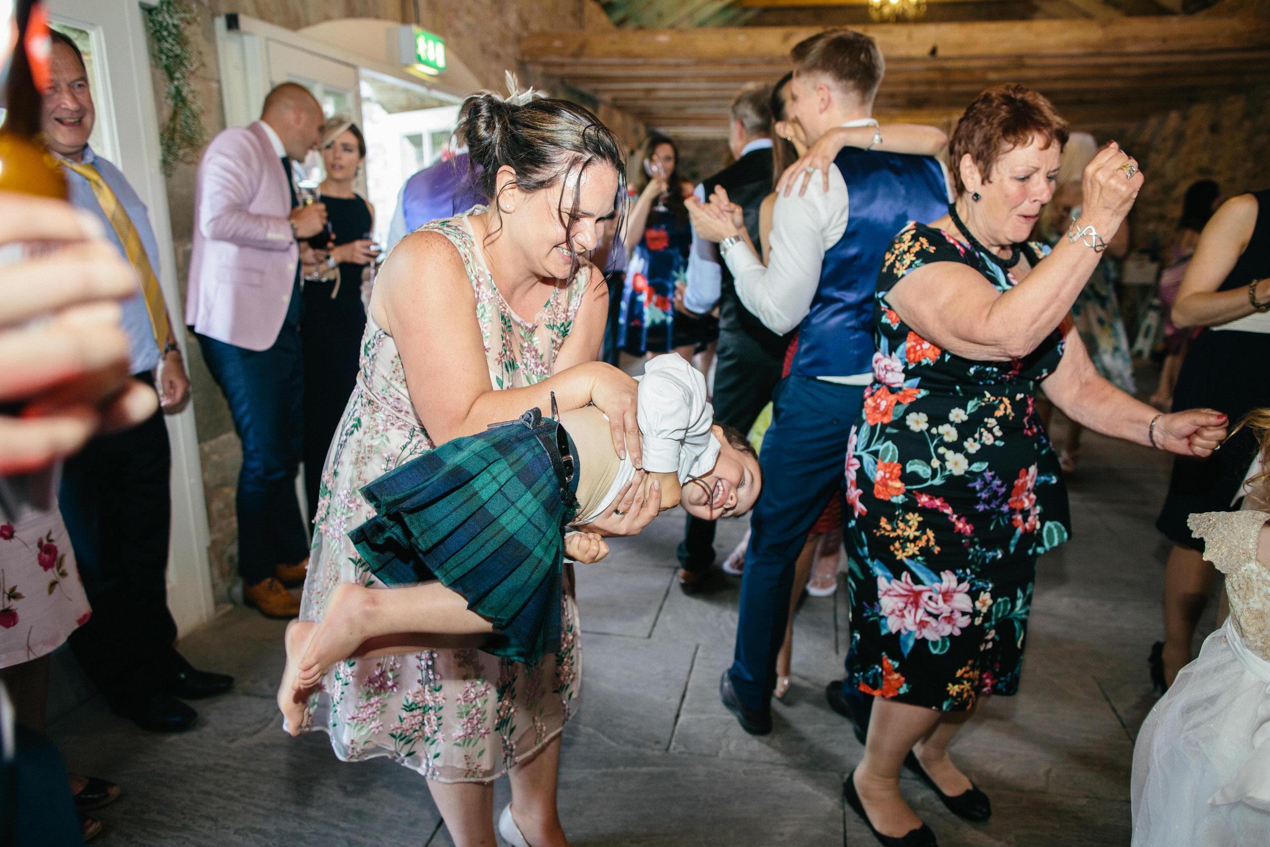 Quirky Wedding Photographer Scotland Glasgow Edinburgh Mirrorbox 235.jpg