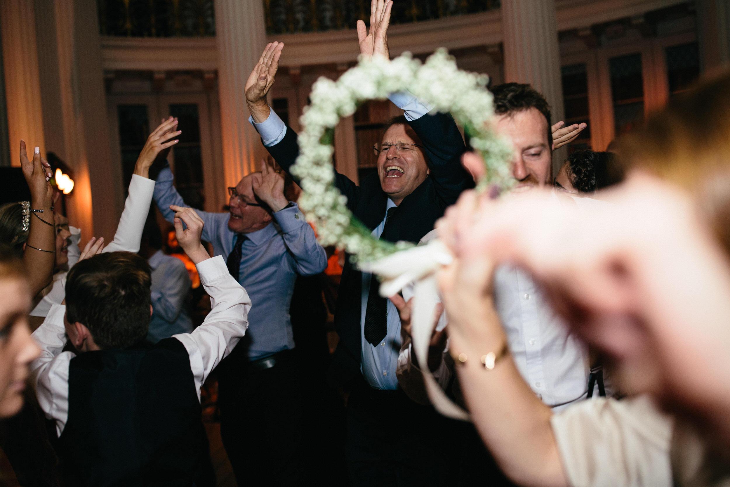 Quirky Wedding Photographer Scotland Glasgow Edinburgh Mirrorbox 242.jpg