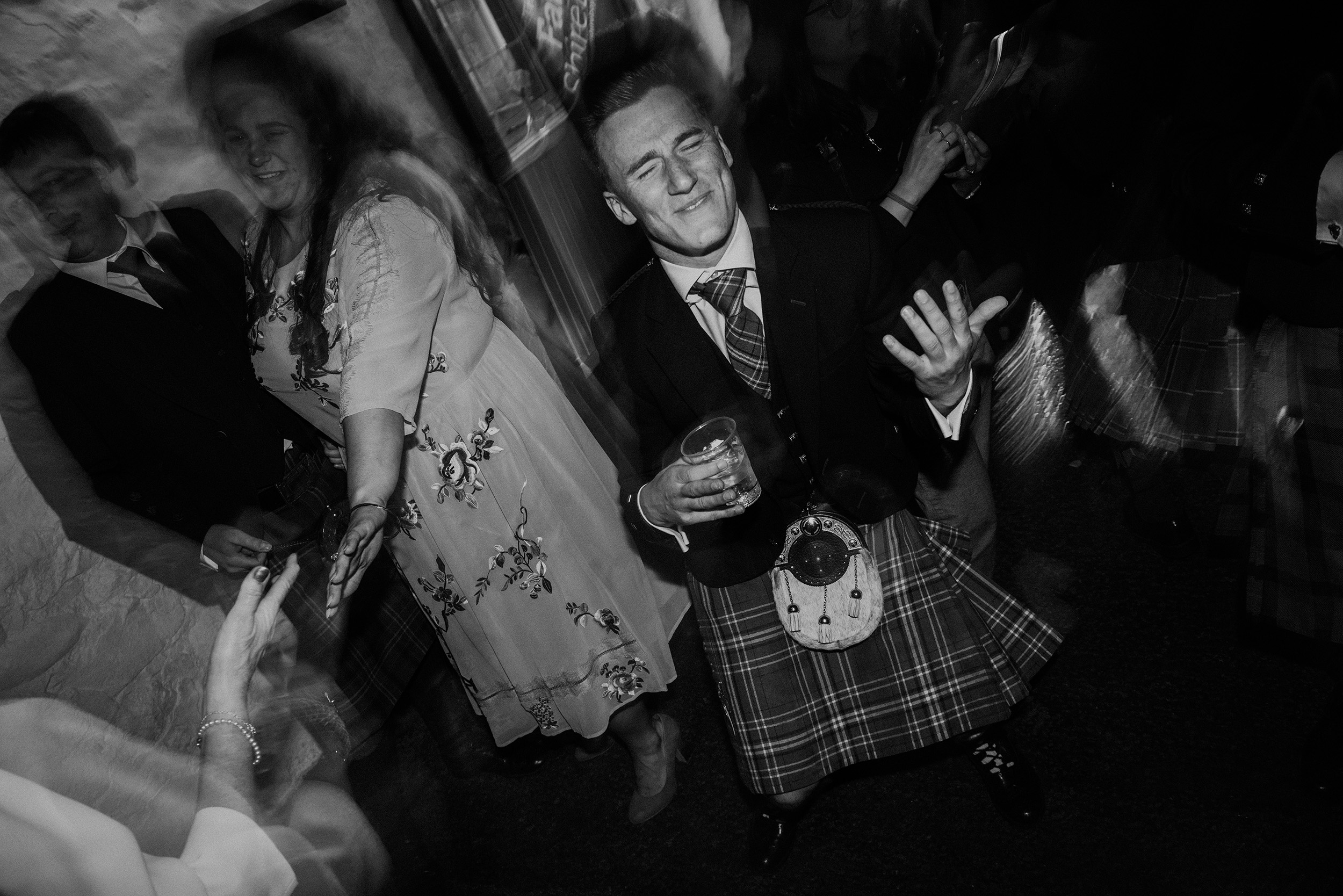 Quirky Wedding Photographer Scotland Glasgow Edinburgh Mirrorbox 249.jpg