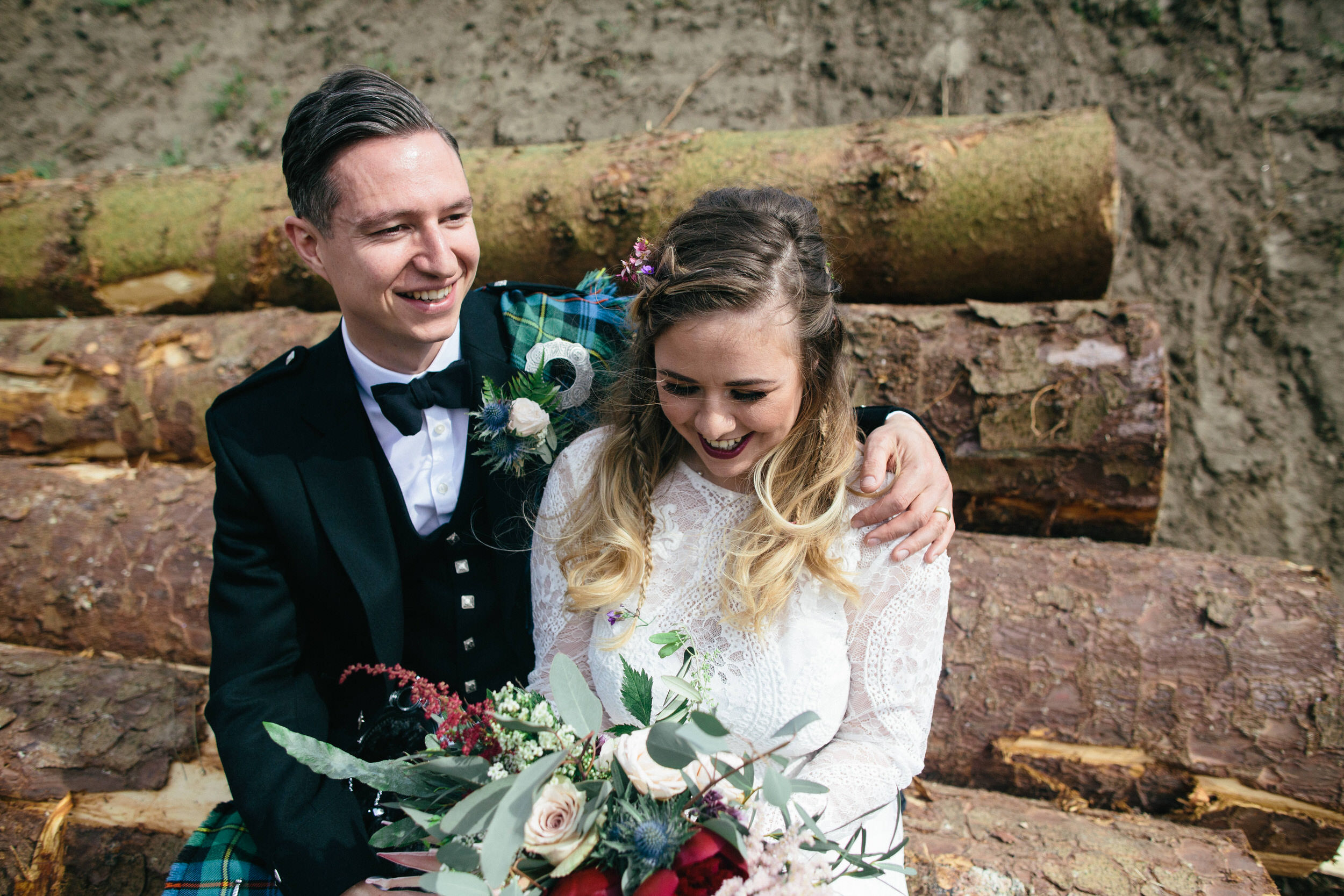 Quirky Wedding Photographer Scotland Glasgow Edinburgh Mirrorbox 100.jpg