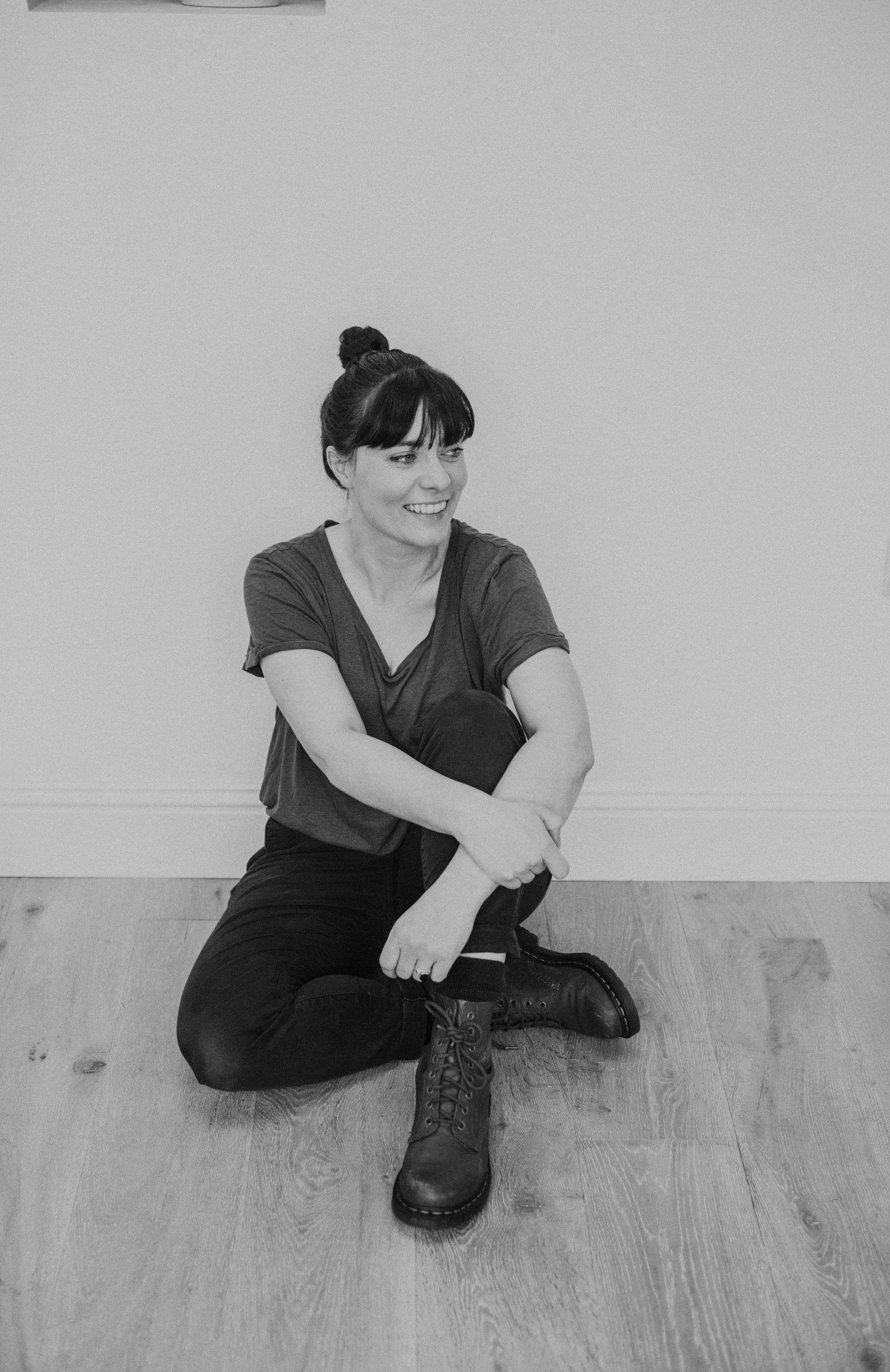 Sam - I am a lover of food, art, yoga and the great outdoors.I live in Edinburgh with my husband and kids