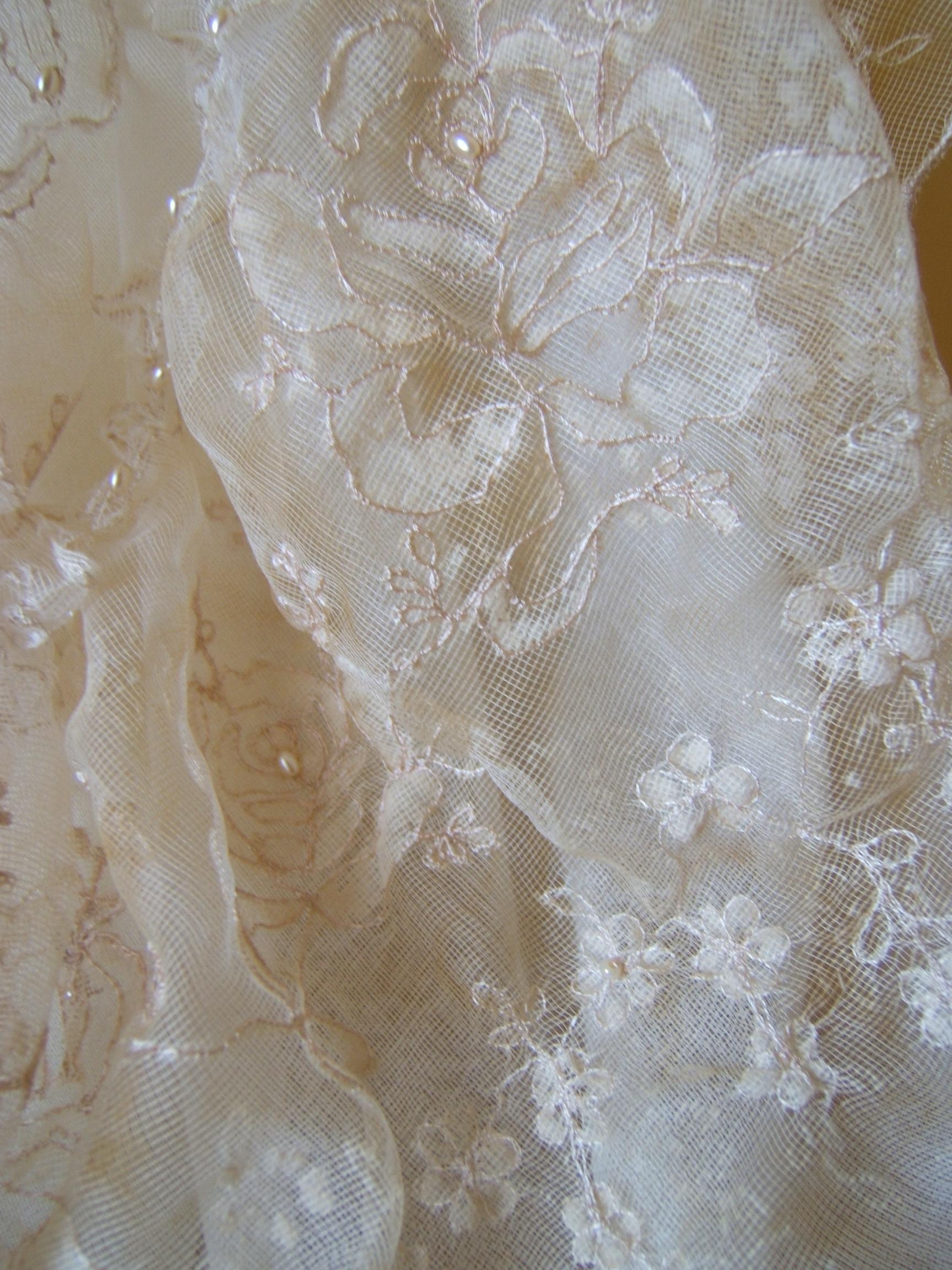 lace mannequin 010.jpg