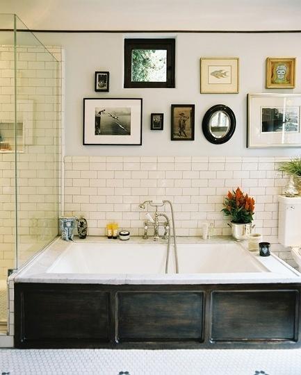 art-on-the-bathroom-walls-171292.jpeg