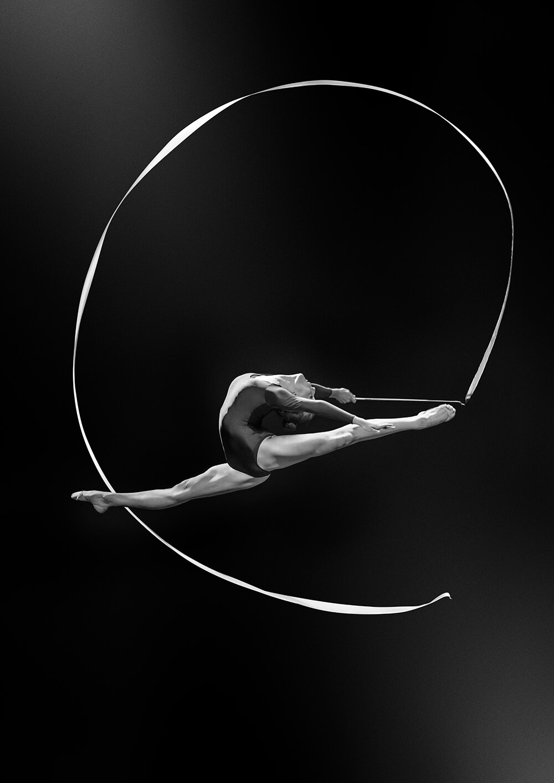 Rhythmic gymnastics photography by Mikel Muruzabal Studio / Advertising Photographers in Spain