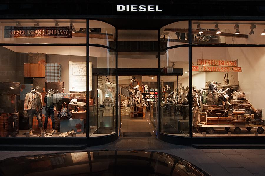 11-03-30-Diesel-HH_0049.jpg