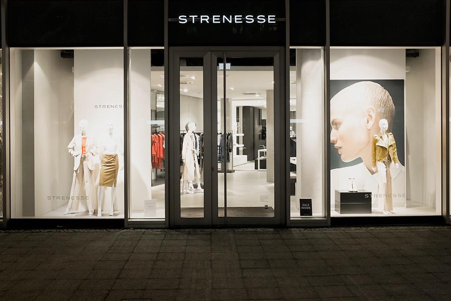 14-01-10-Strenesse-Berlin-Kudamm_0008.jpg
