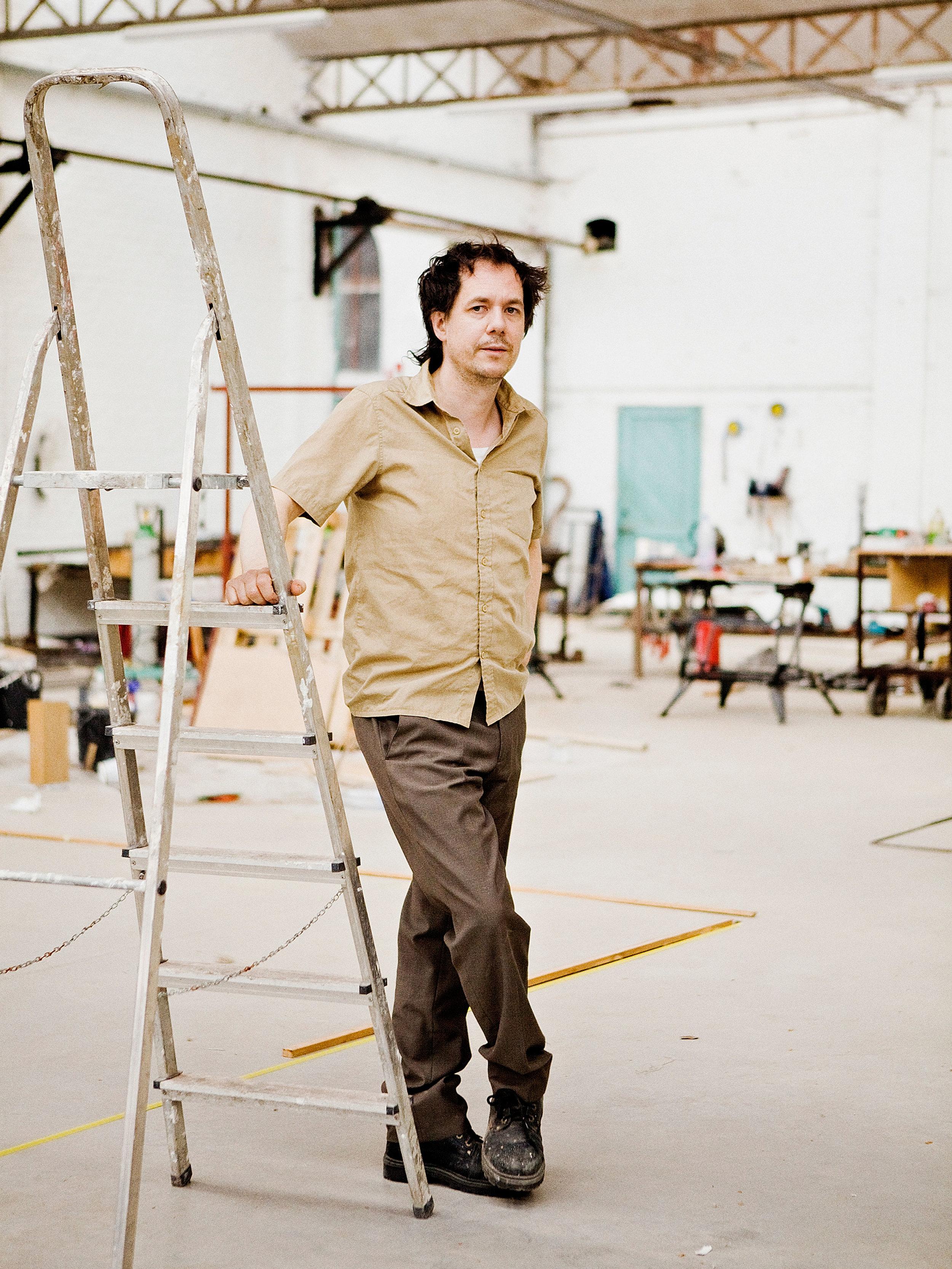 Official portrait of the winner of Heineken Prize for Art Mark Manders.