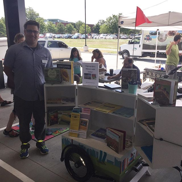 Like what we found at the Columbia Farmers Market this morning! It's good to see the DBRL book bike in action!