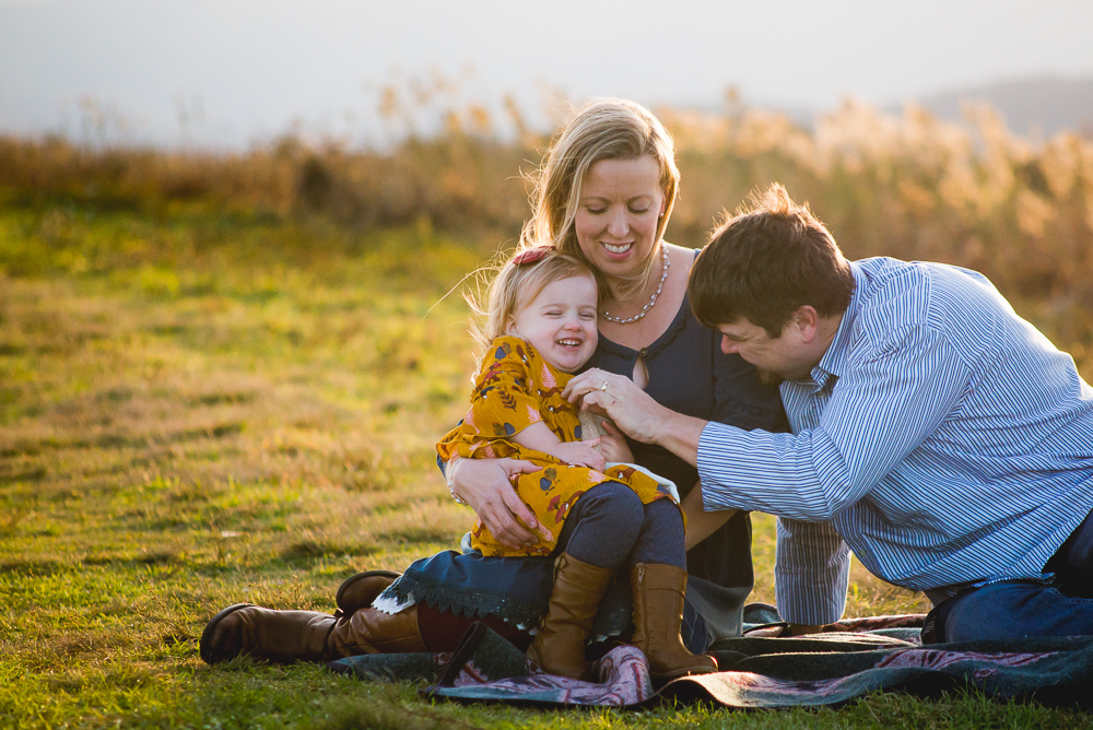 lifestyle photography family session at beauty spot