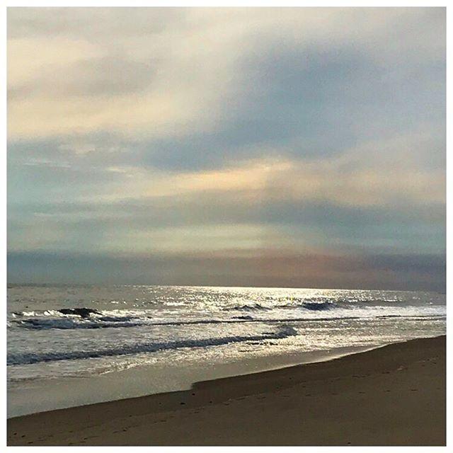 Wintery Sky... 📷 @nancyberger