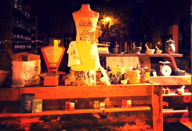 Oaktown Spice Shop Fall Window Display