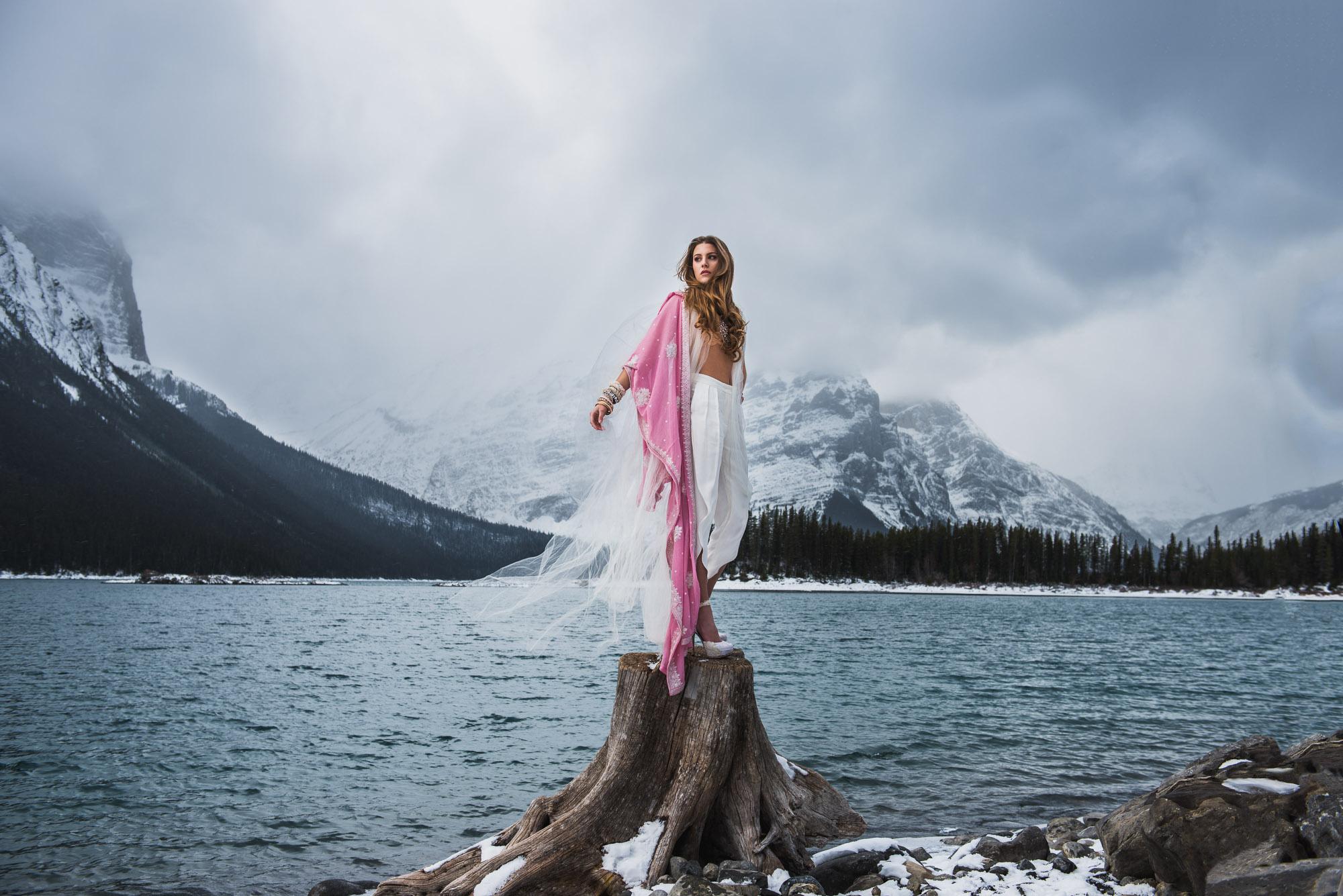 Kananaskis-Winter-Fashion -002.jpg
