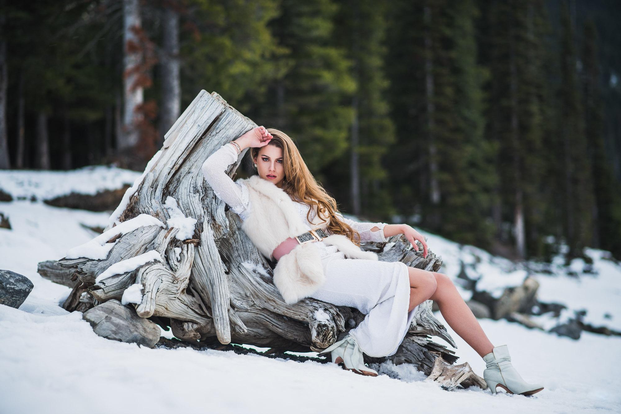 Kananaskis-Winter-Fashion -004.jpg