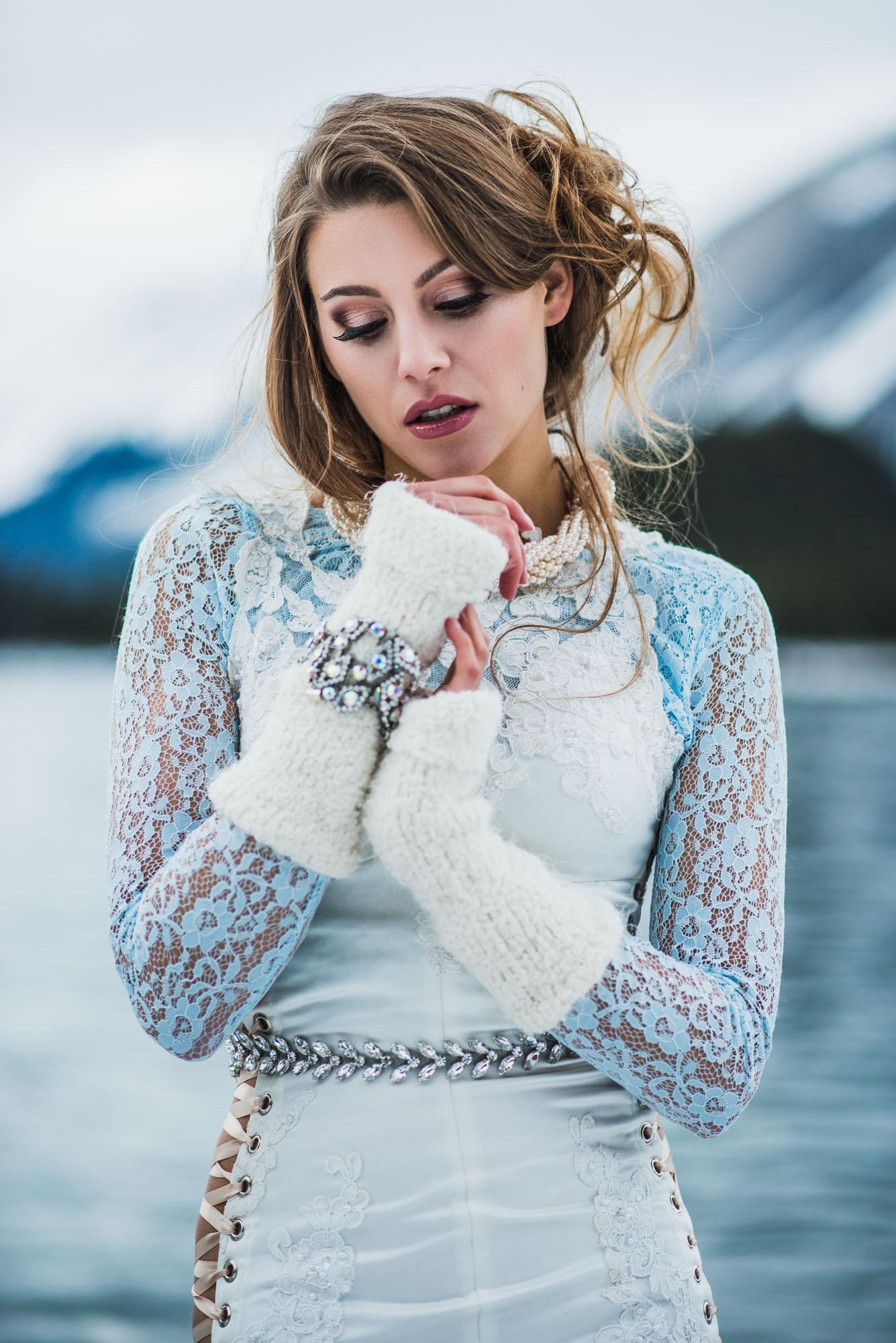 Kananaskis-Winter-Fashion -015.jpg