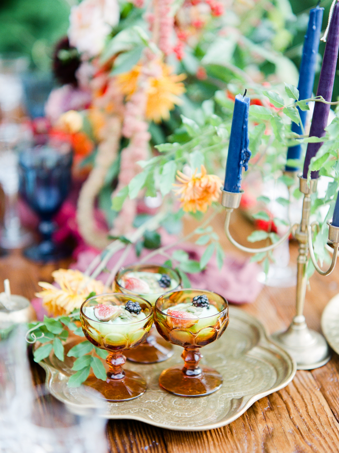 photography by:  Schon Photography  // florals by:  Fresh Design Florist  // tablescape by:  Modern Relics Rentals  // sweets by:  Love Bites by Erika  // venue:  The Lakehouse Inn