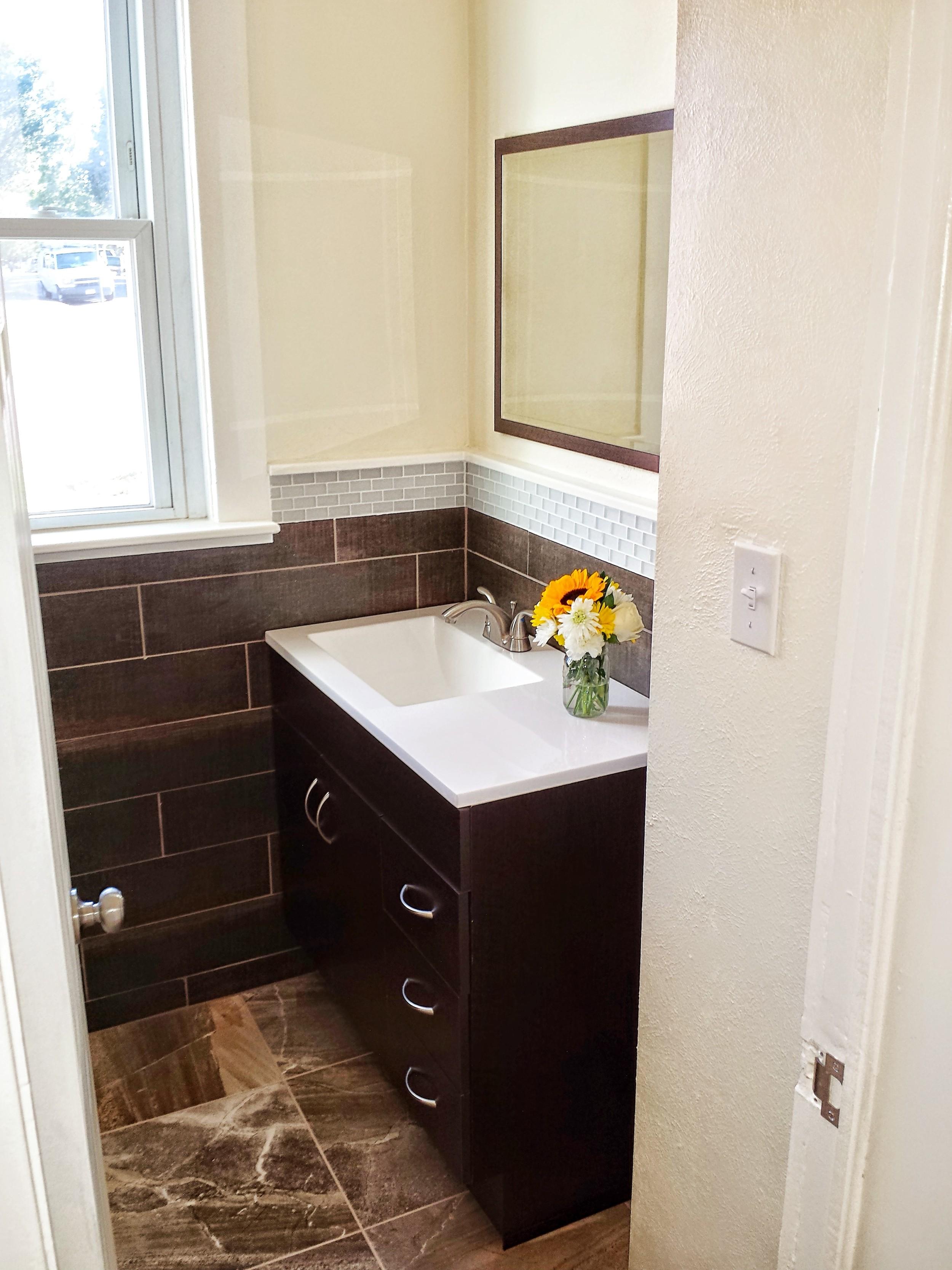 Downstairs Bathroom.jpg