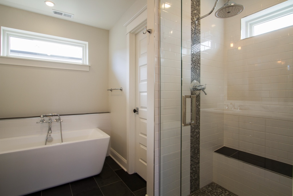 Master Bathroom 3jpg.jpg