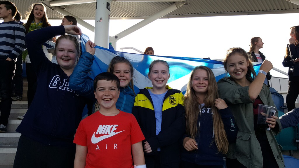 Come on Scotland!  Nice to see a good representation from Kelburne supporting Scotland to the Gold Medal